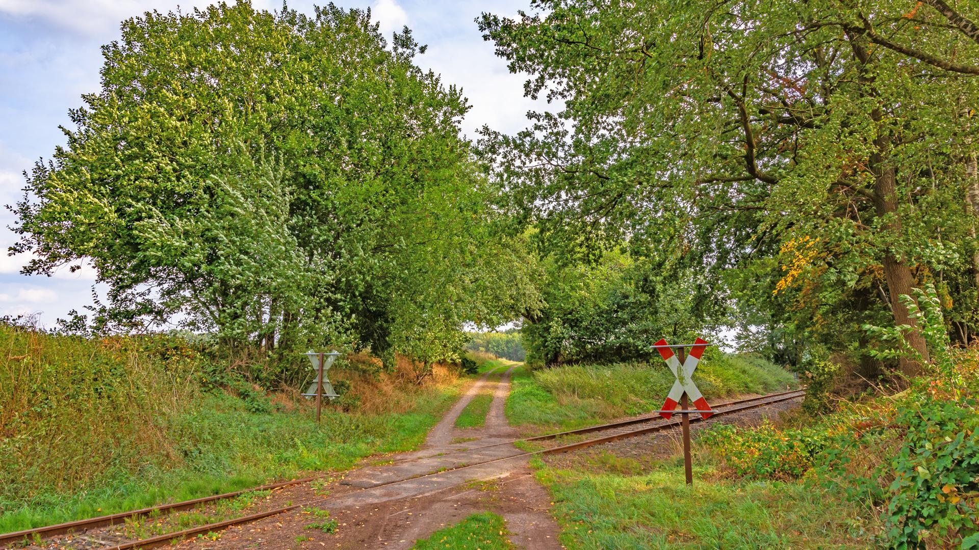 Über die Gleise der alten Bahnstrecke Tostedt-Zeven-Wilstedt