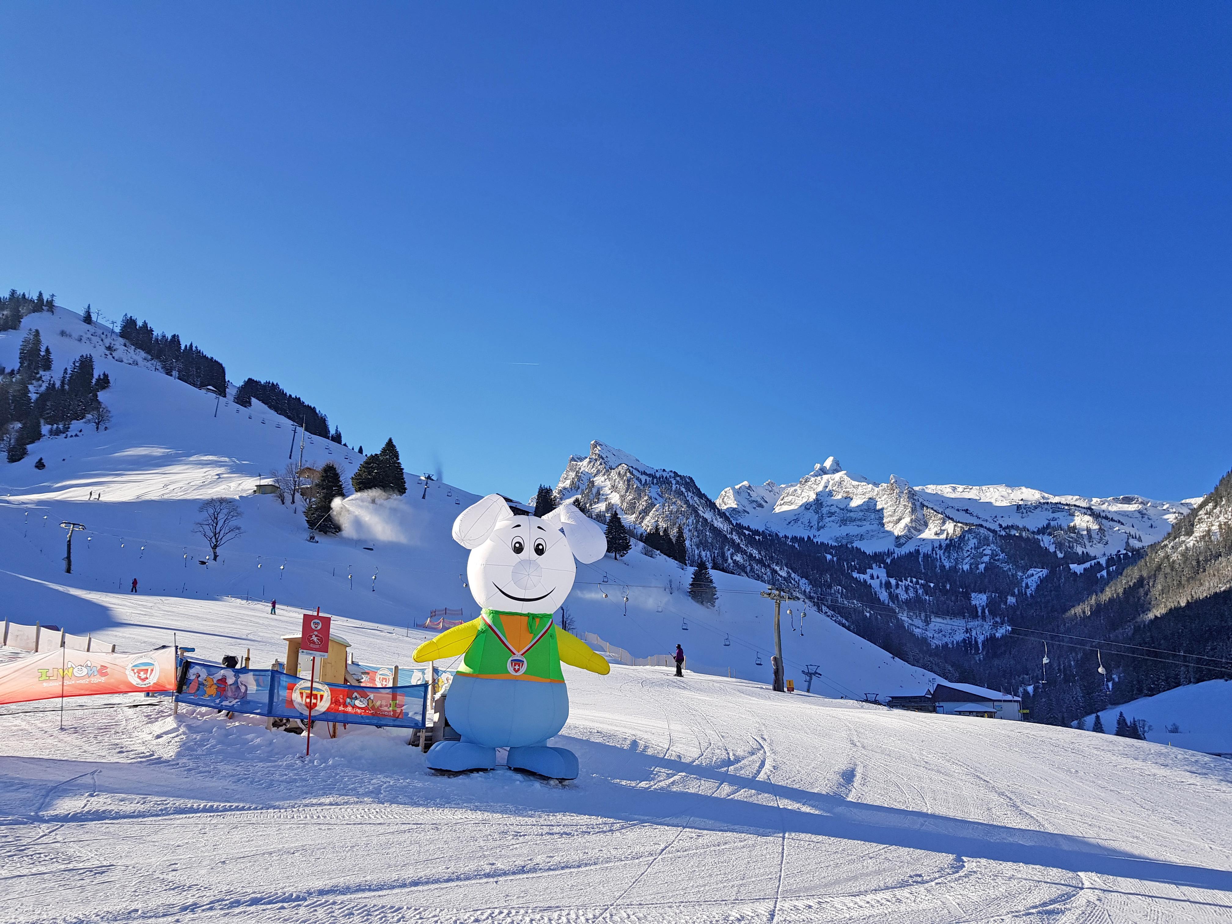 Snowli freut sich über jeden Skischüler