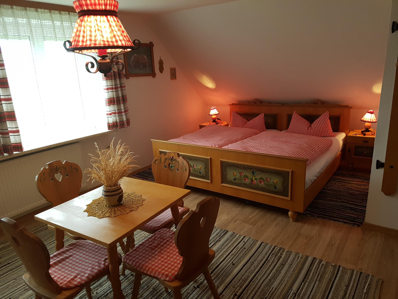 Haus Sonnenschein, Schlafzimmer-Ferienwohnung