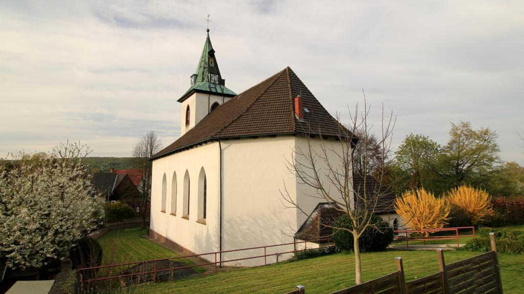 Katholische Kirche St Peter und Paul Amelunxen