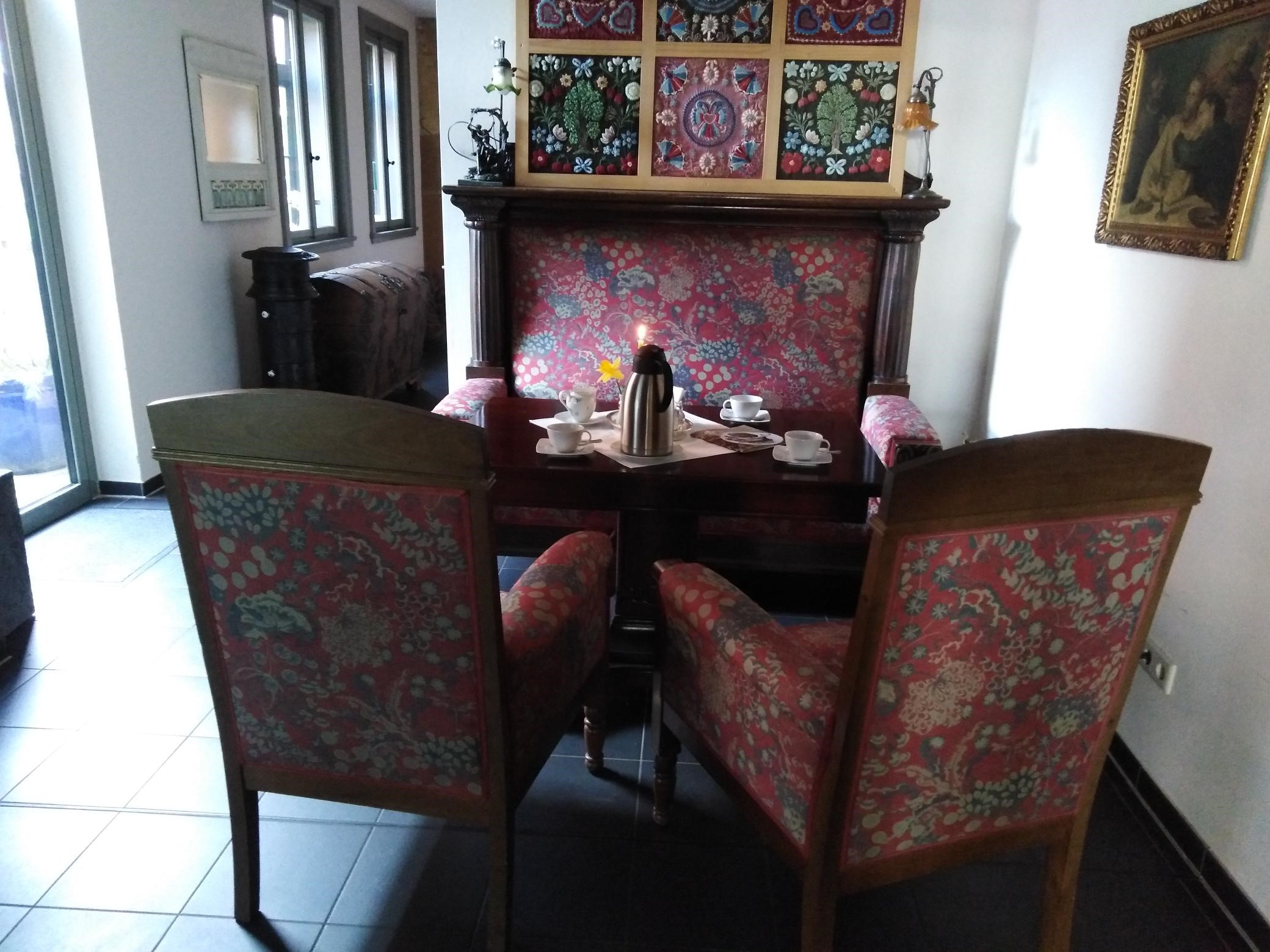 Gastinnenraum Anik-Café