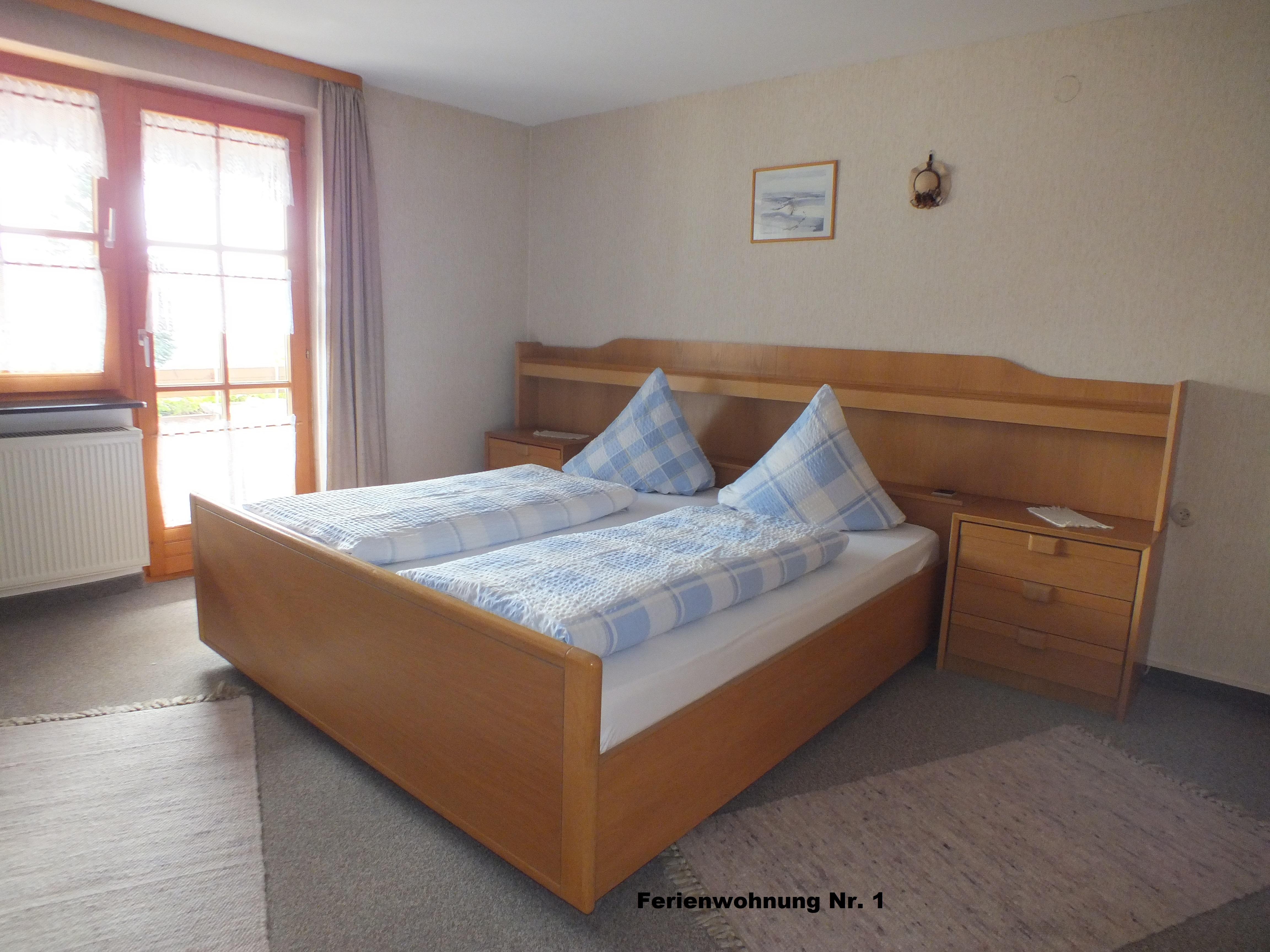 Gästehaus Fink, Ferienwohnung 1, Schlafzimmerraum