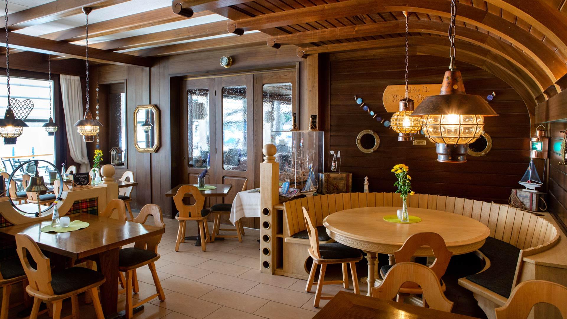 strandhotel-seeblick-innen-seerose