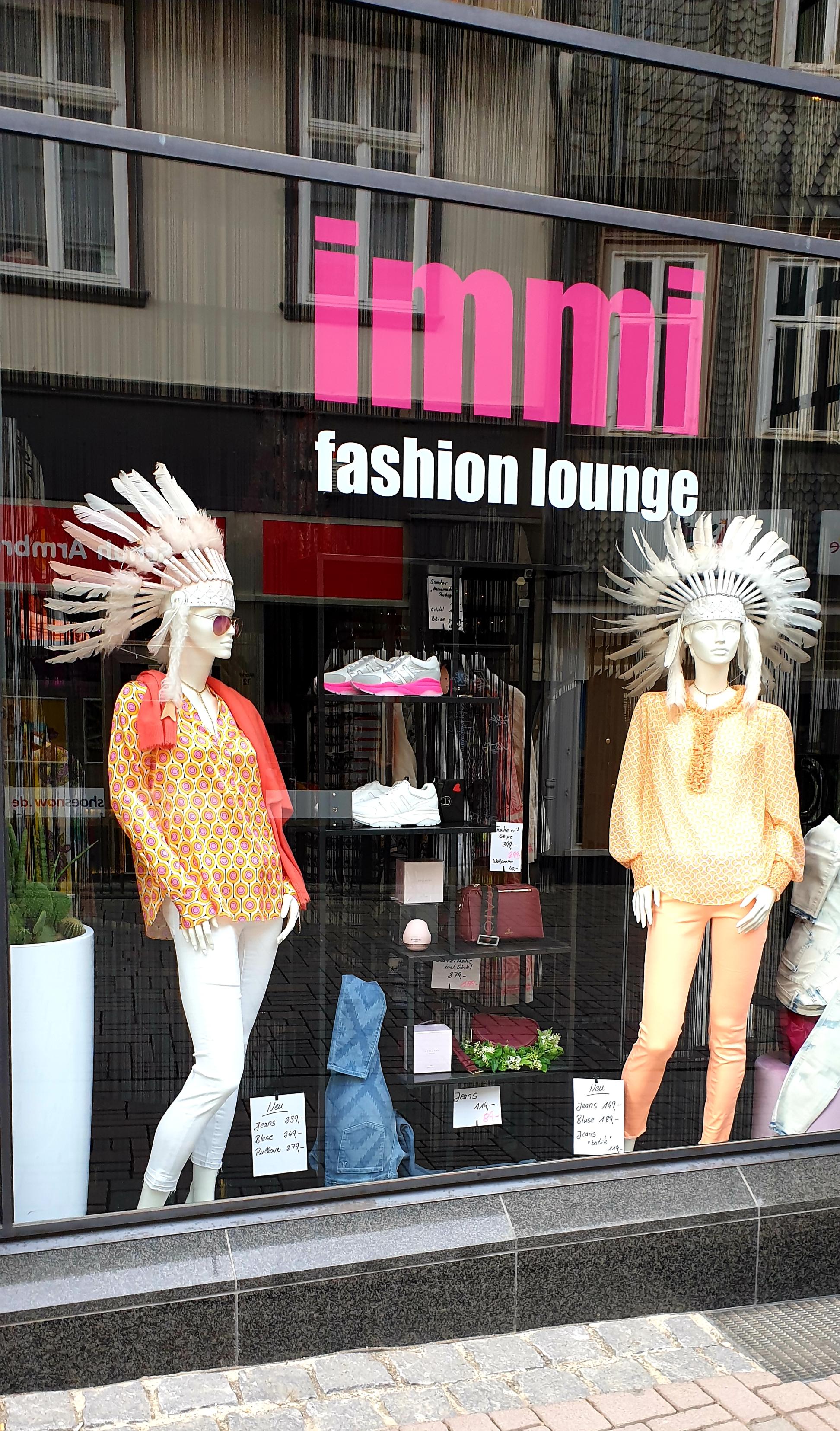 IMMI Fashion Lounge