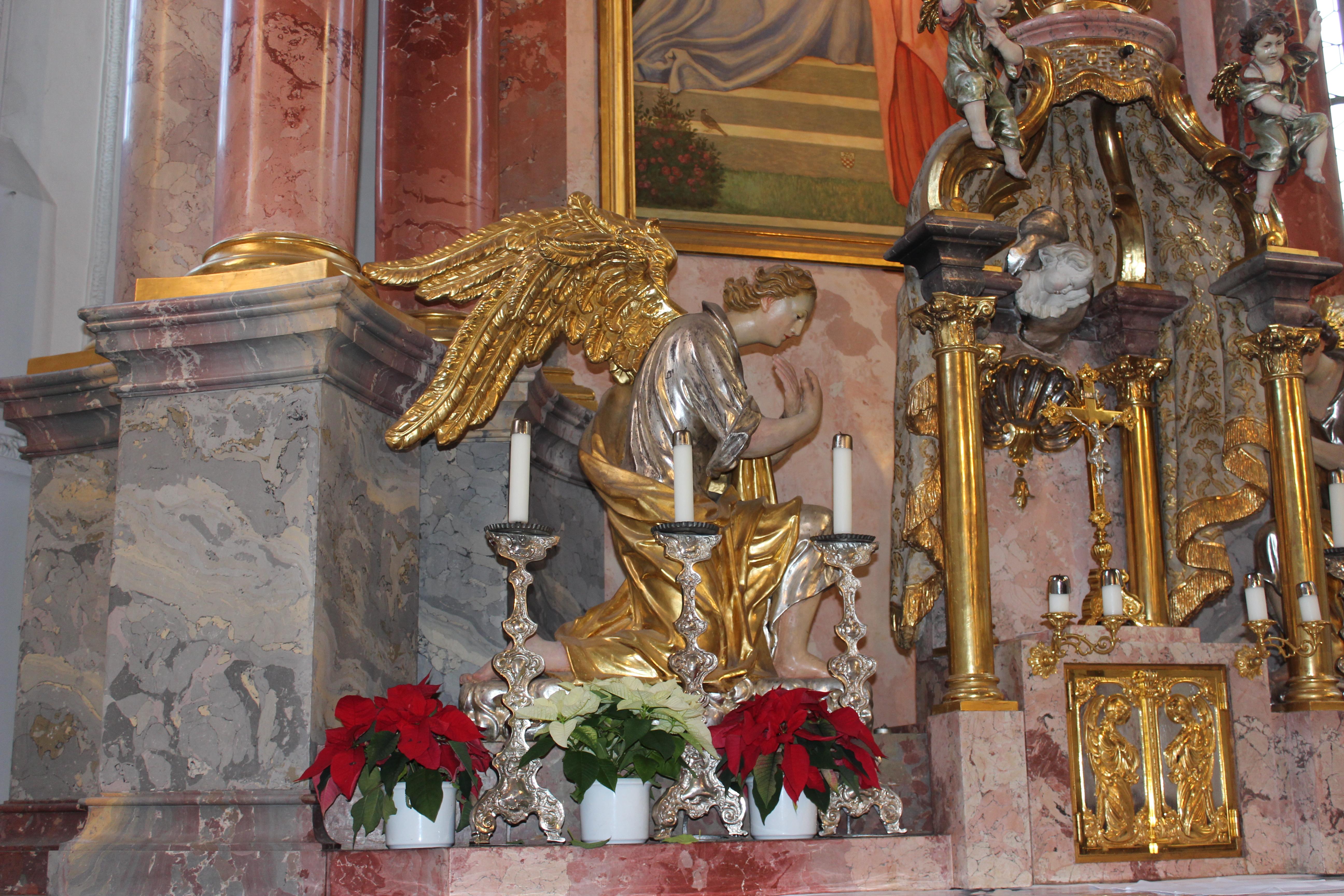Engel des Hauptaltars in St. Justina
