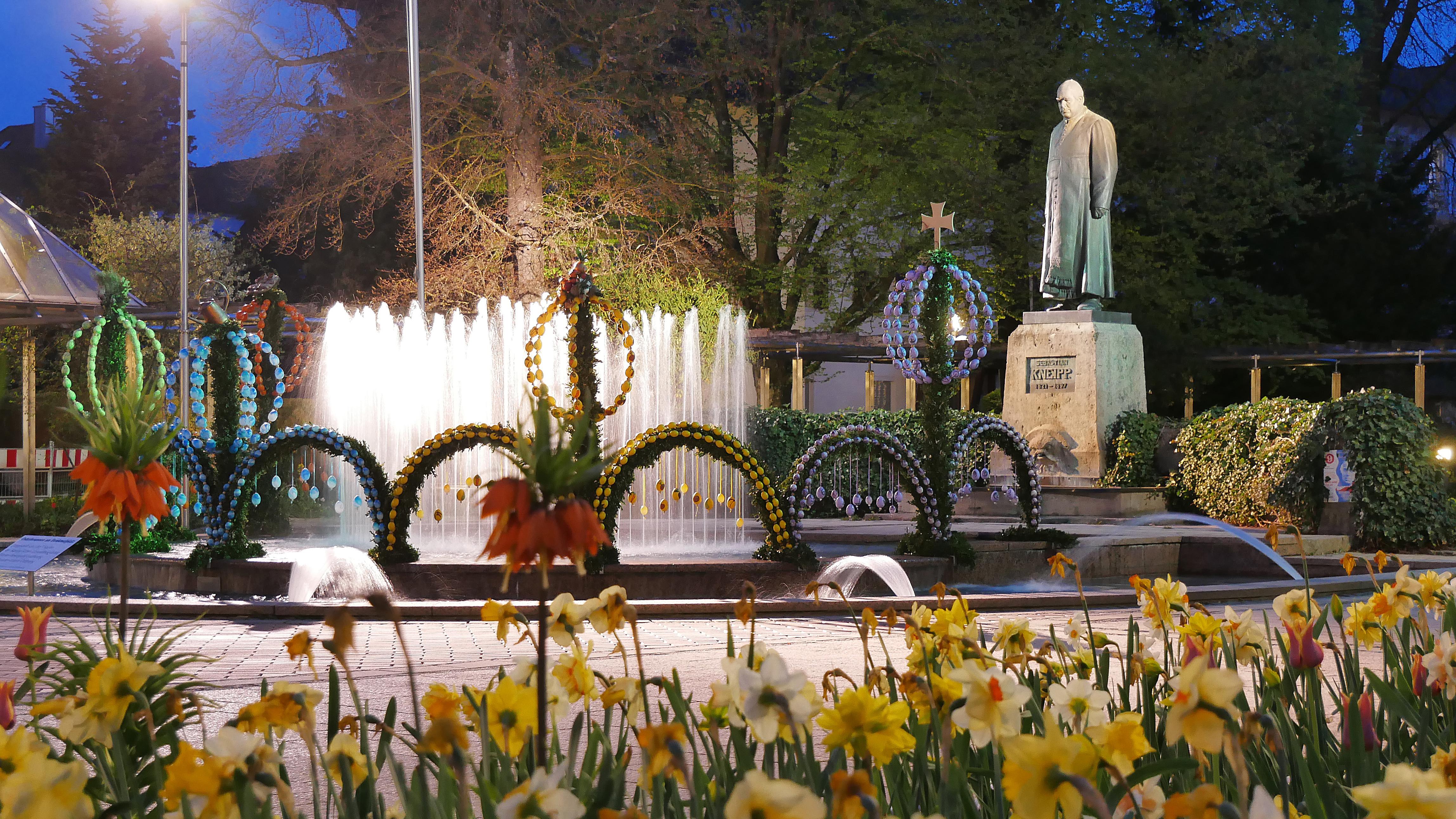 Ostern am Denkmalplatz