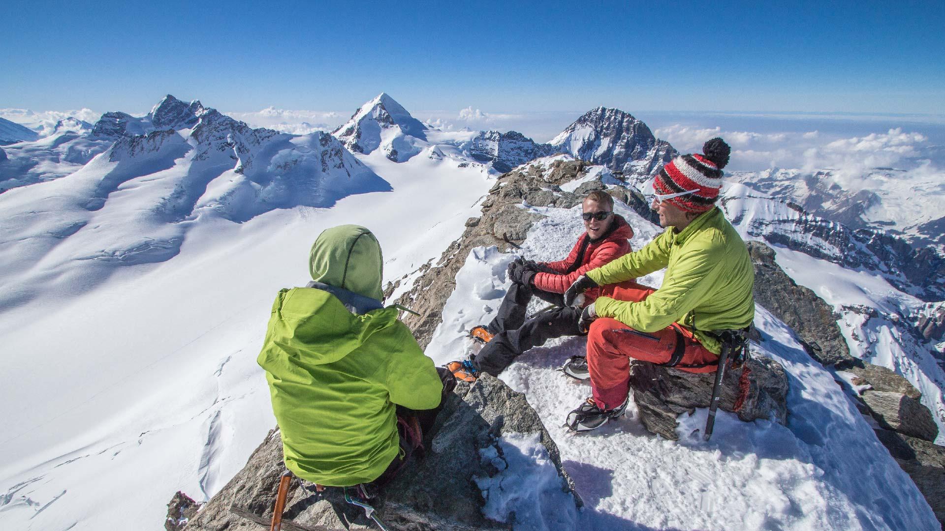 grindelwald-sports-bergsteiger-winter-gipfel