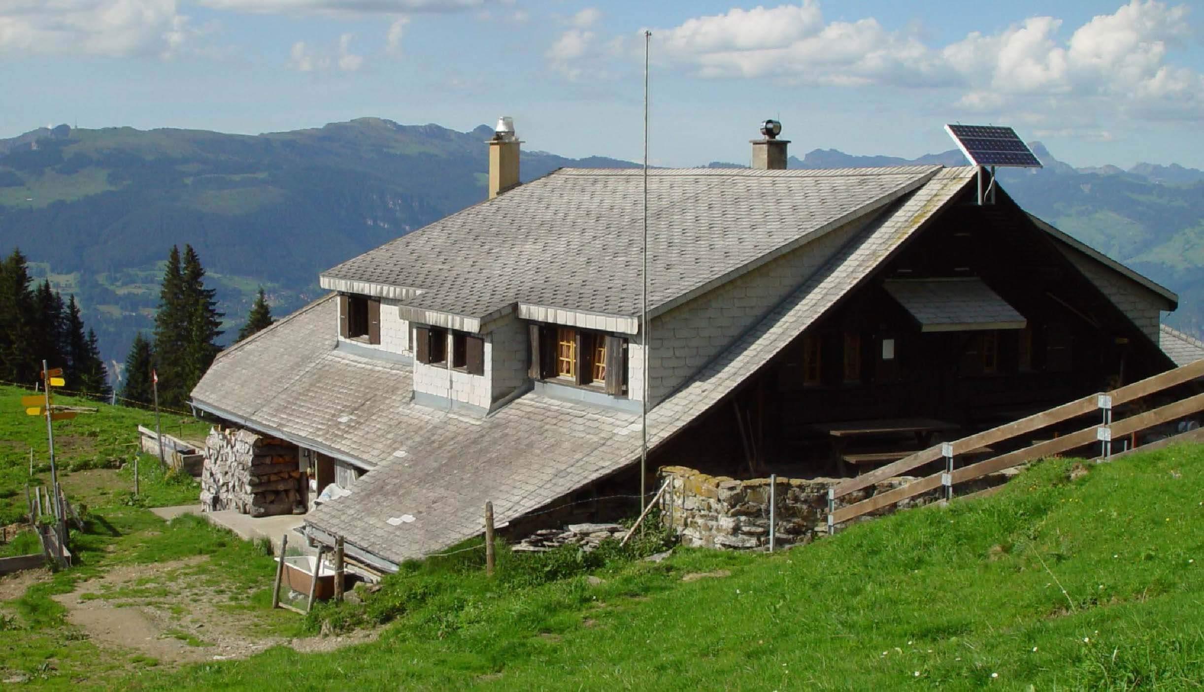 aeschi-alp-brunni-sommer-huette