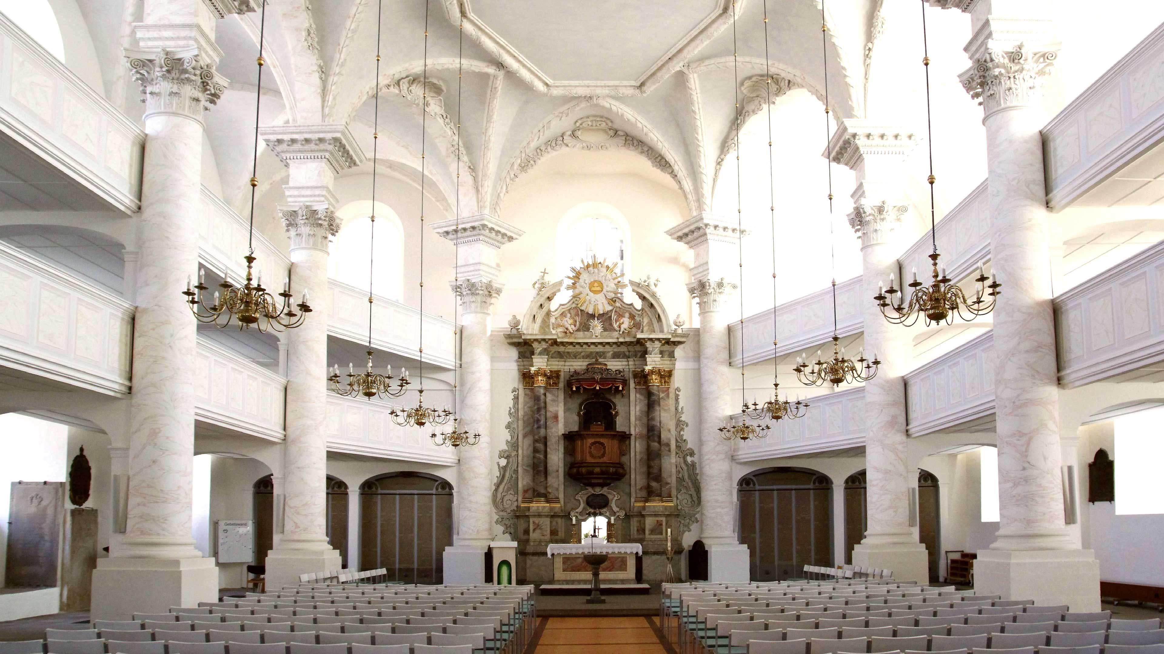 St. Trinitatiskirche von innen