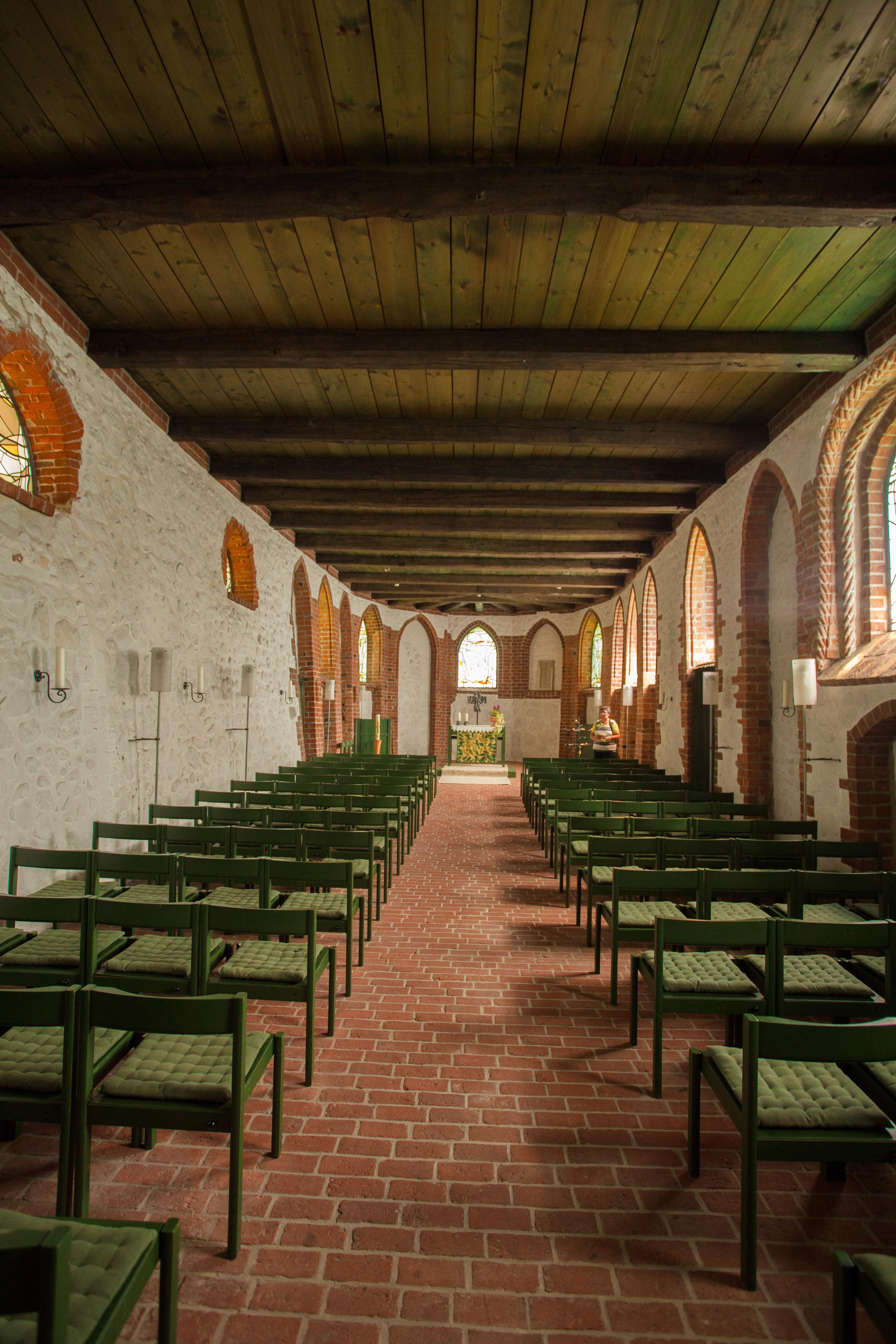 bispingen-kirche-innenraum