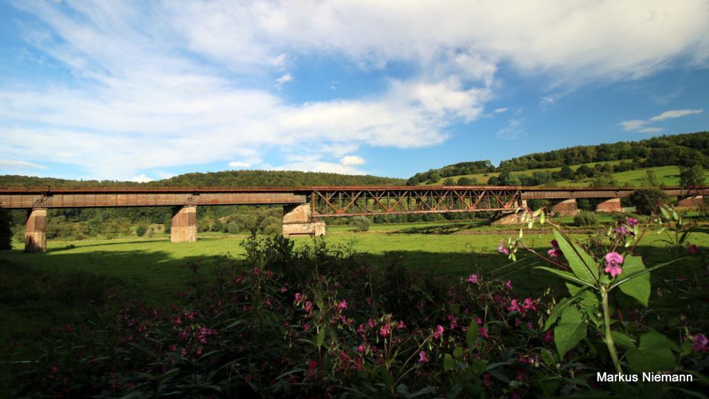 Weserhöhen_alte Bahnbrücke_Wehrden_Meinbrexen
