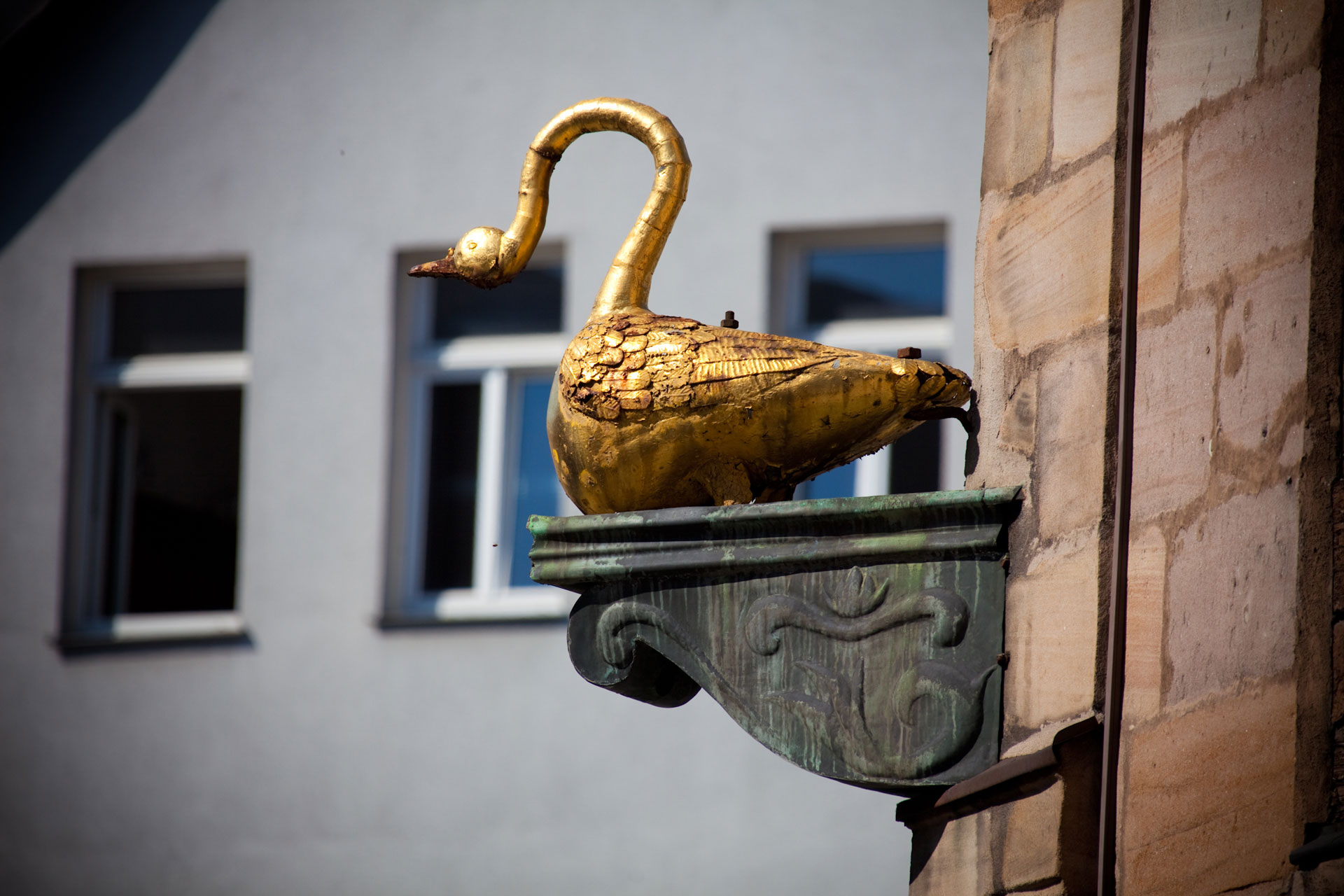 Goldener Schwan