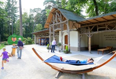 Liegehalle im Gartenschau-Gelände Bad Lippspringe