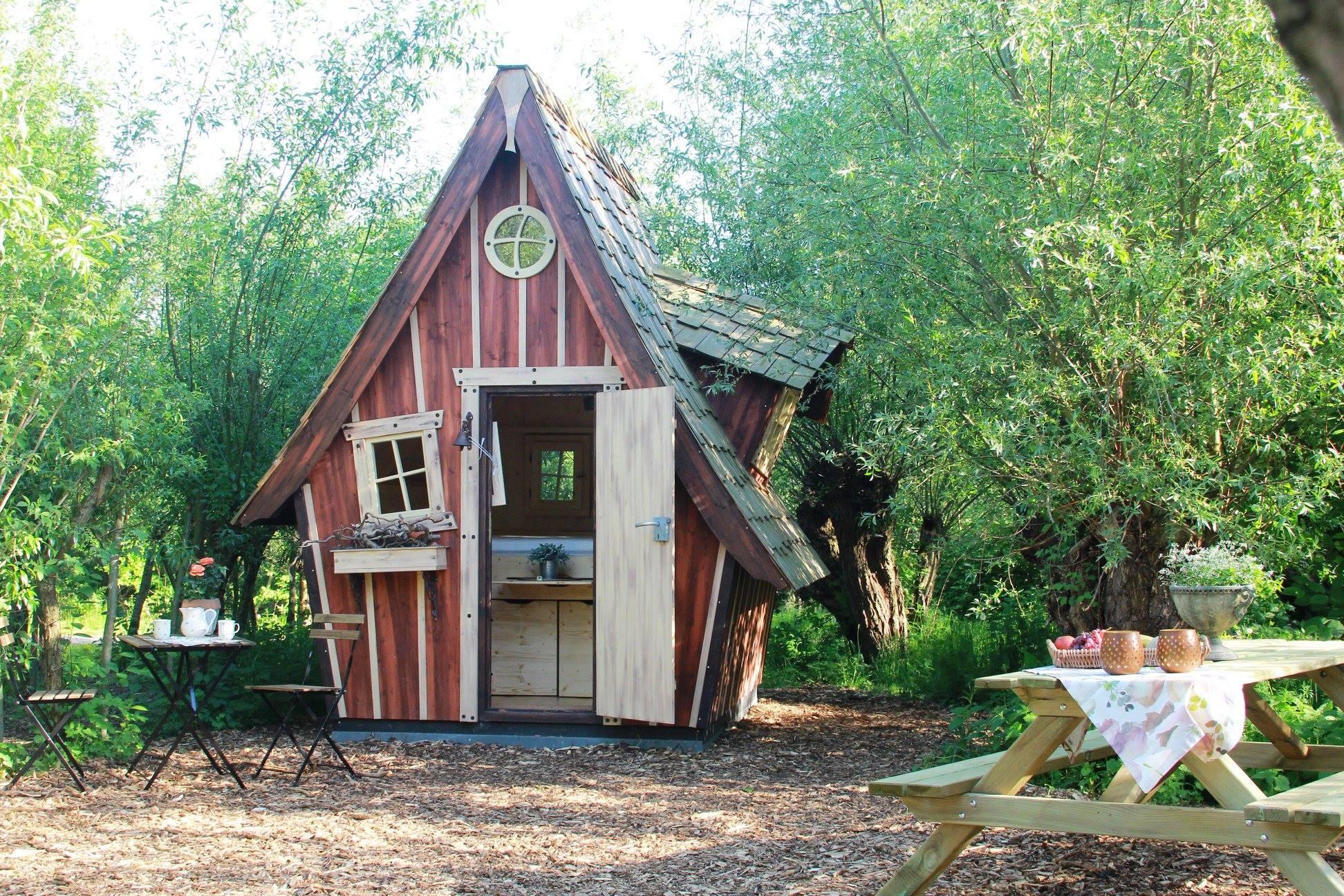 Hexenhäuschen - Übernachtungsmöglichkeit im Gartenschaupark Rietberg