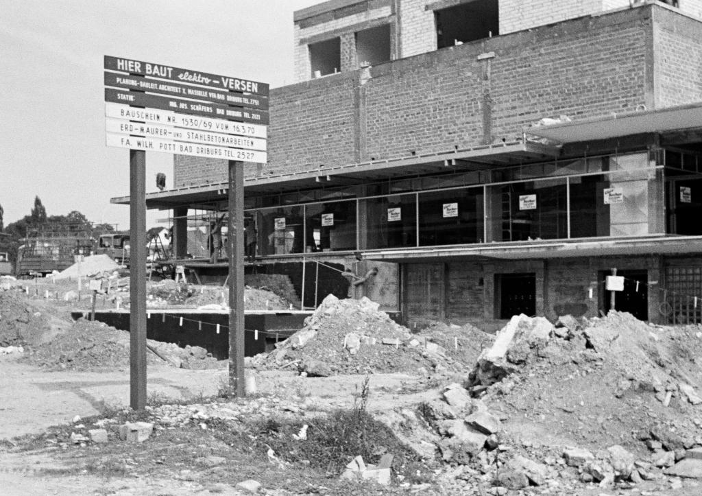 """Bau Einkaufszentrum """"Am Hellweg"""""""