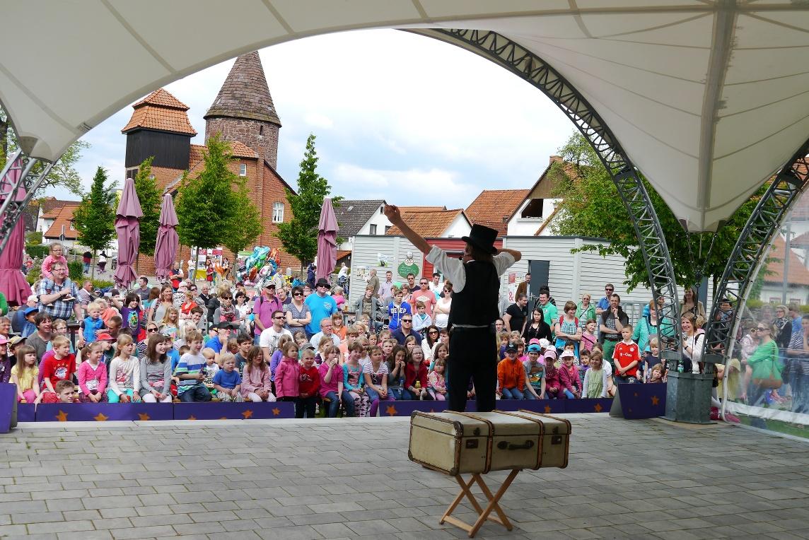 """Kinderprogramm """"Sonntags im Park"""" im Lügder Emmerauenpark"""