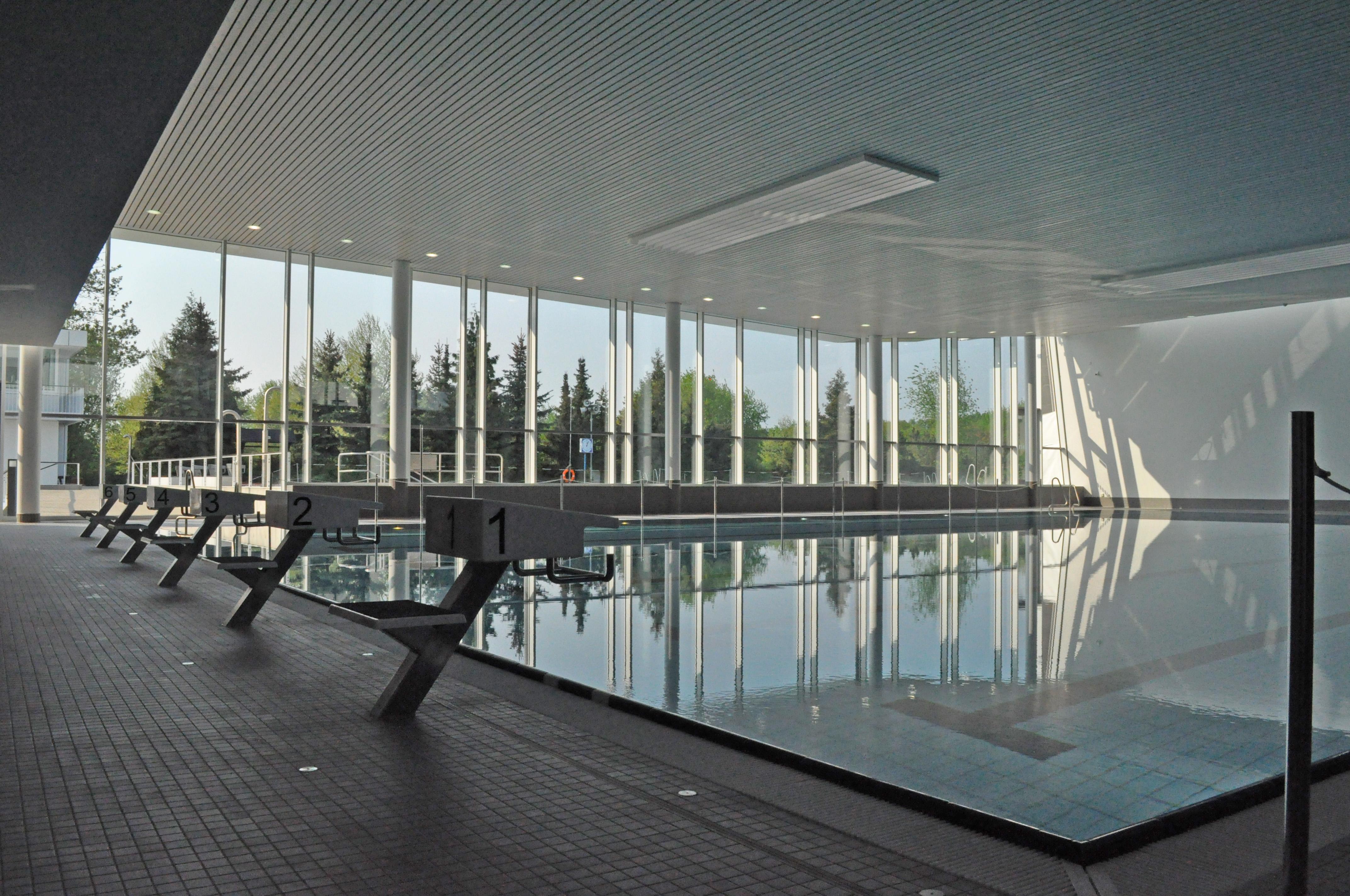 Schwimmerbecken im Sport- und Freizeitbad Allerwelle in Gifhorn