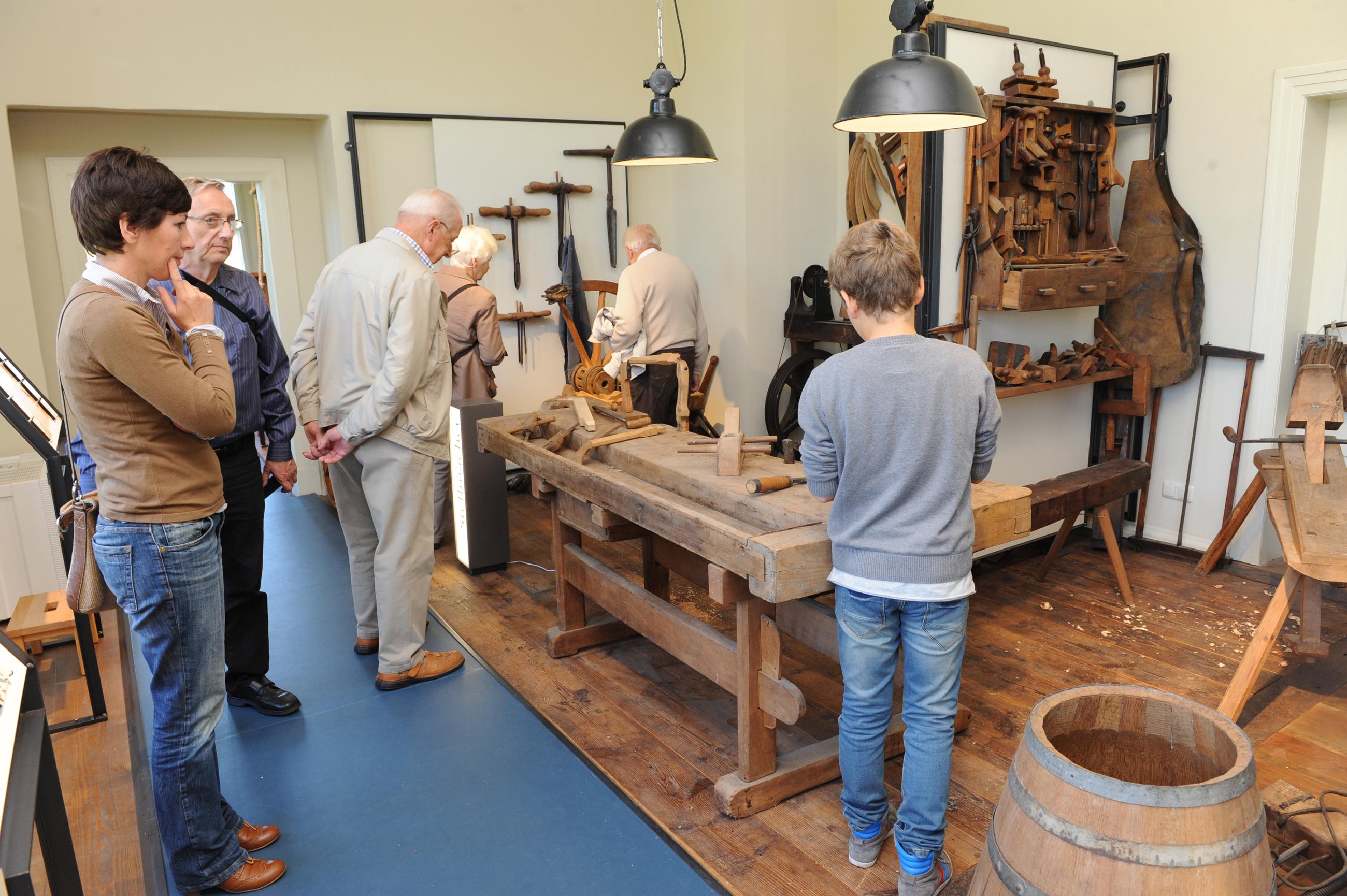 Tischlerei im Museum auf der Burg Brome