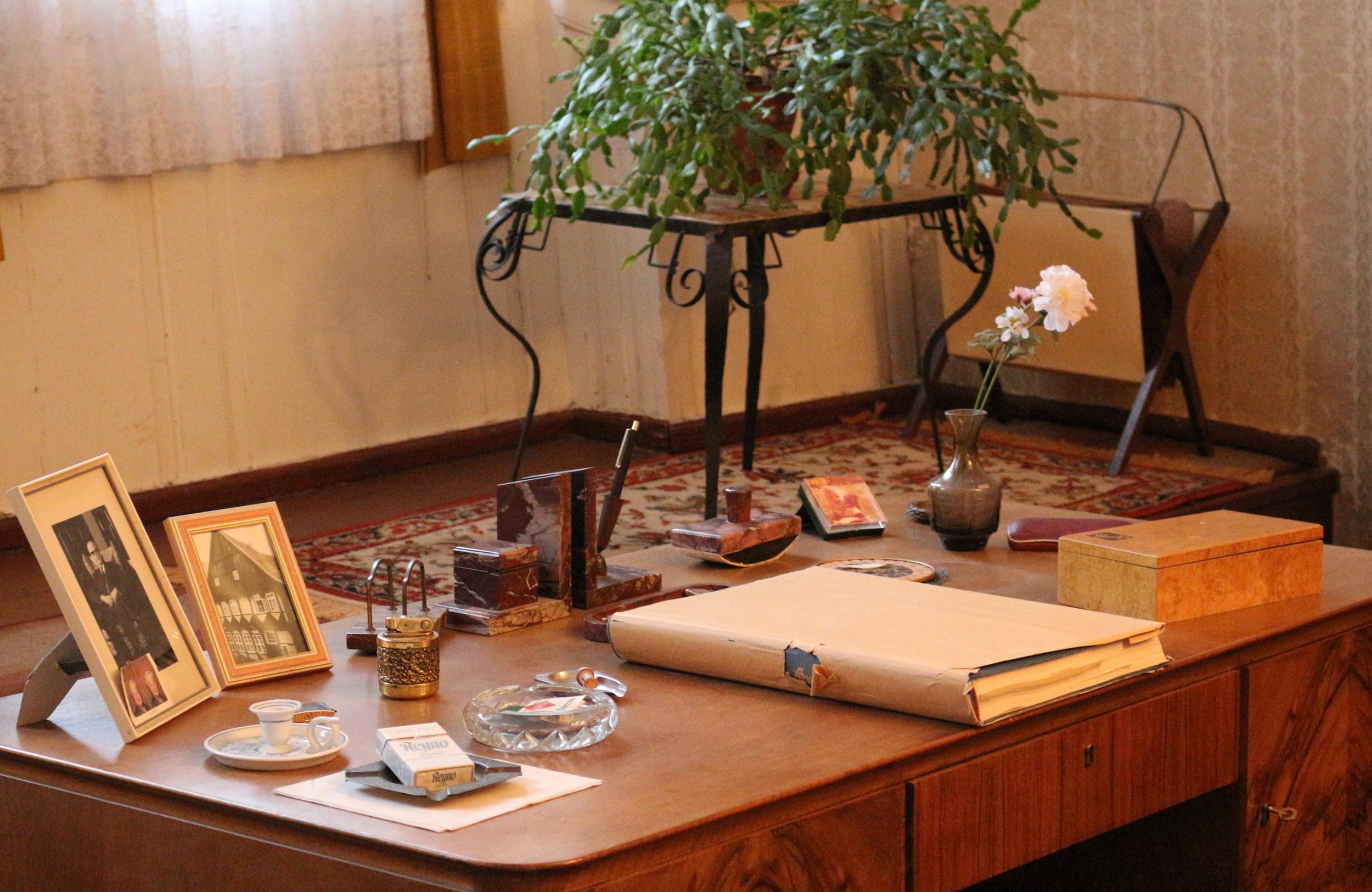 EMMA - Schreibtisch in der Museumswohnung