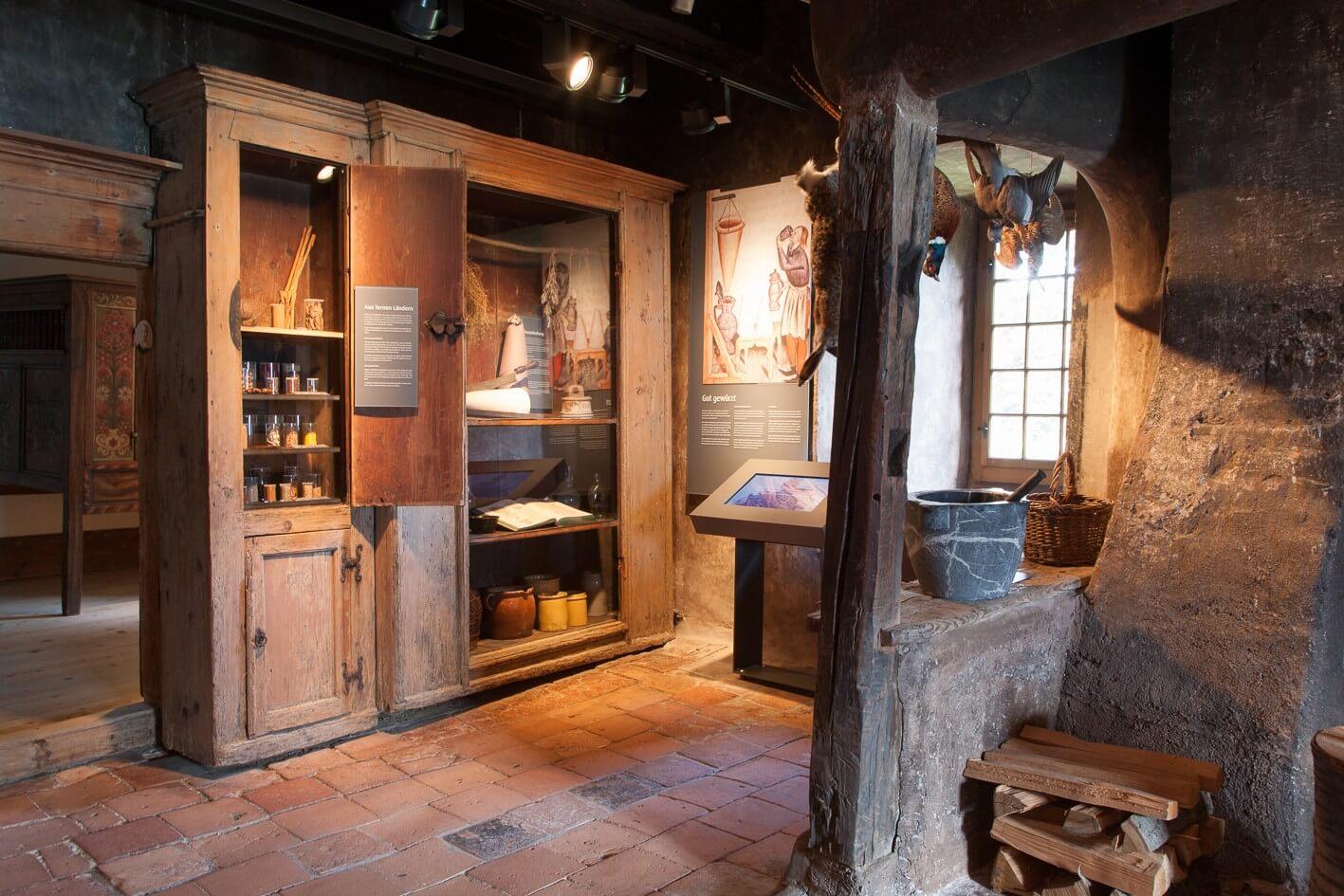 spiez-schloss-museum-kueche