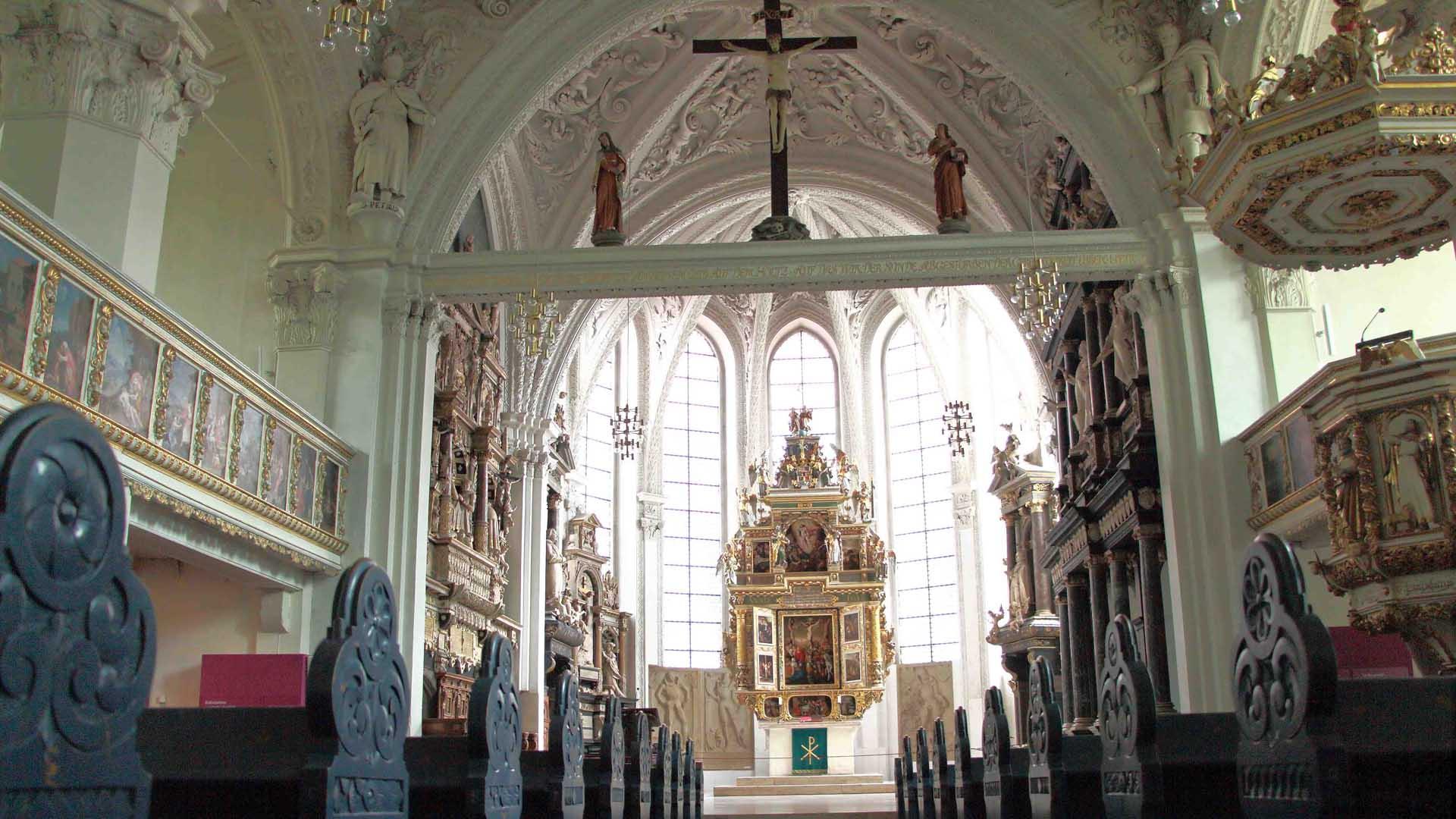 Celler Stadtkirche, Altar