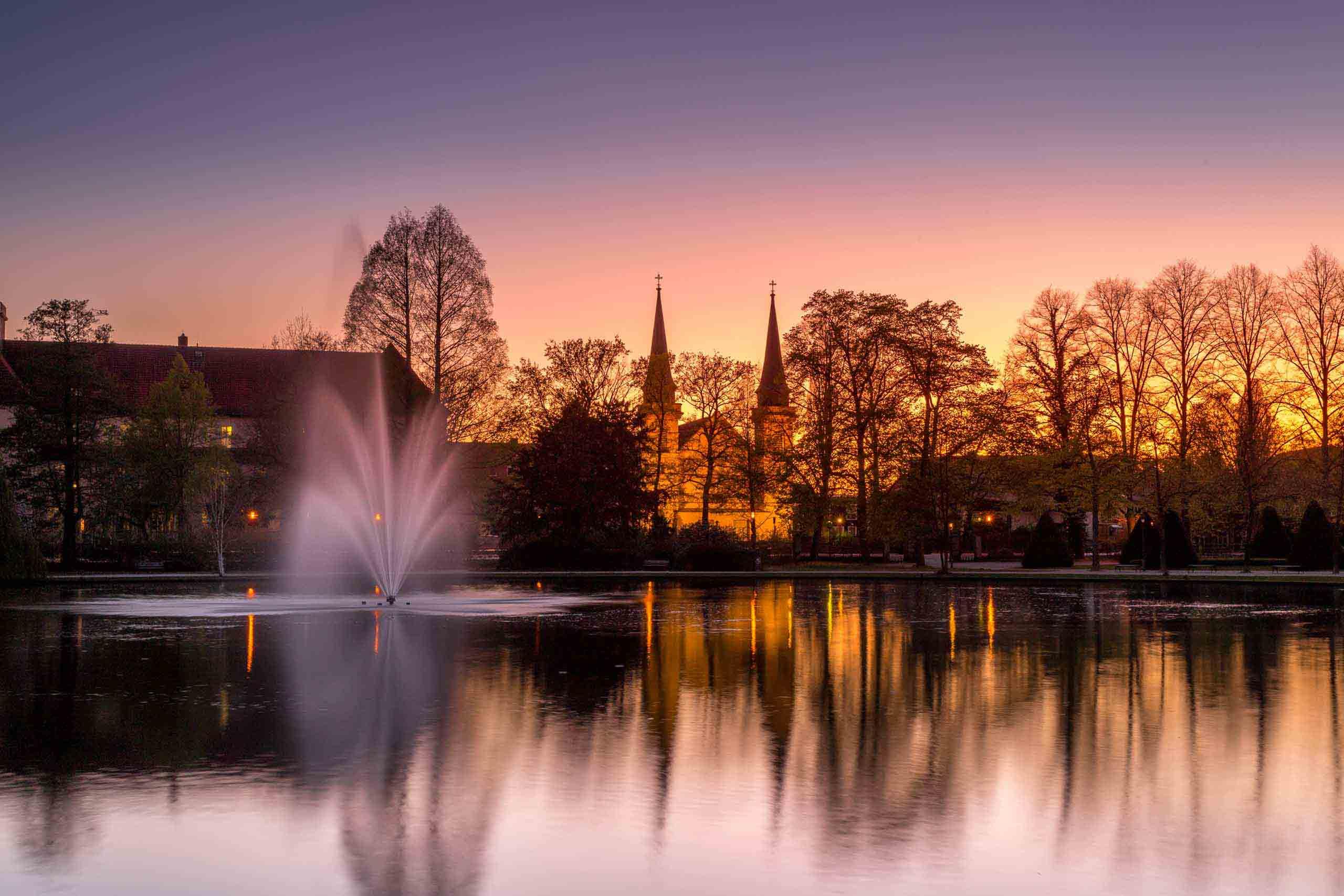 Französischer Garten am Abend
