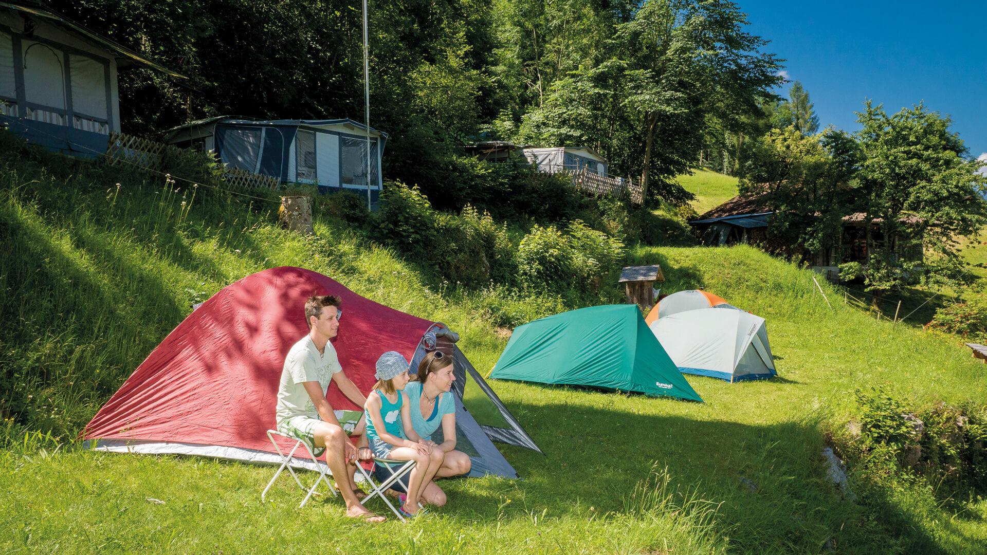 iseltwald-strandbad-sommer-zeltplatz-camping-familie