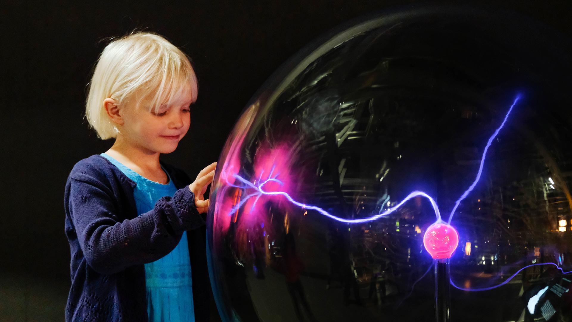 phaeno-plasmakugel-foto-janina-snatzke