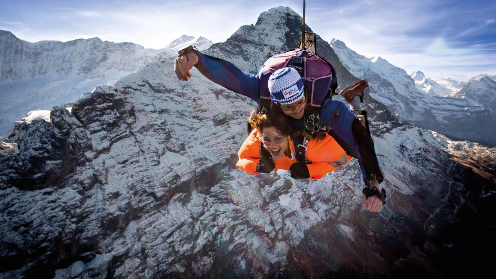 skydive-interlaken-eiger-jump-winter-pure-adrenalin
