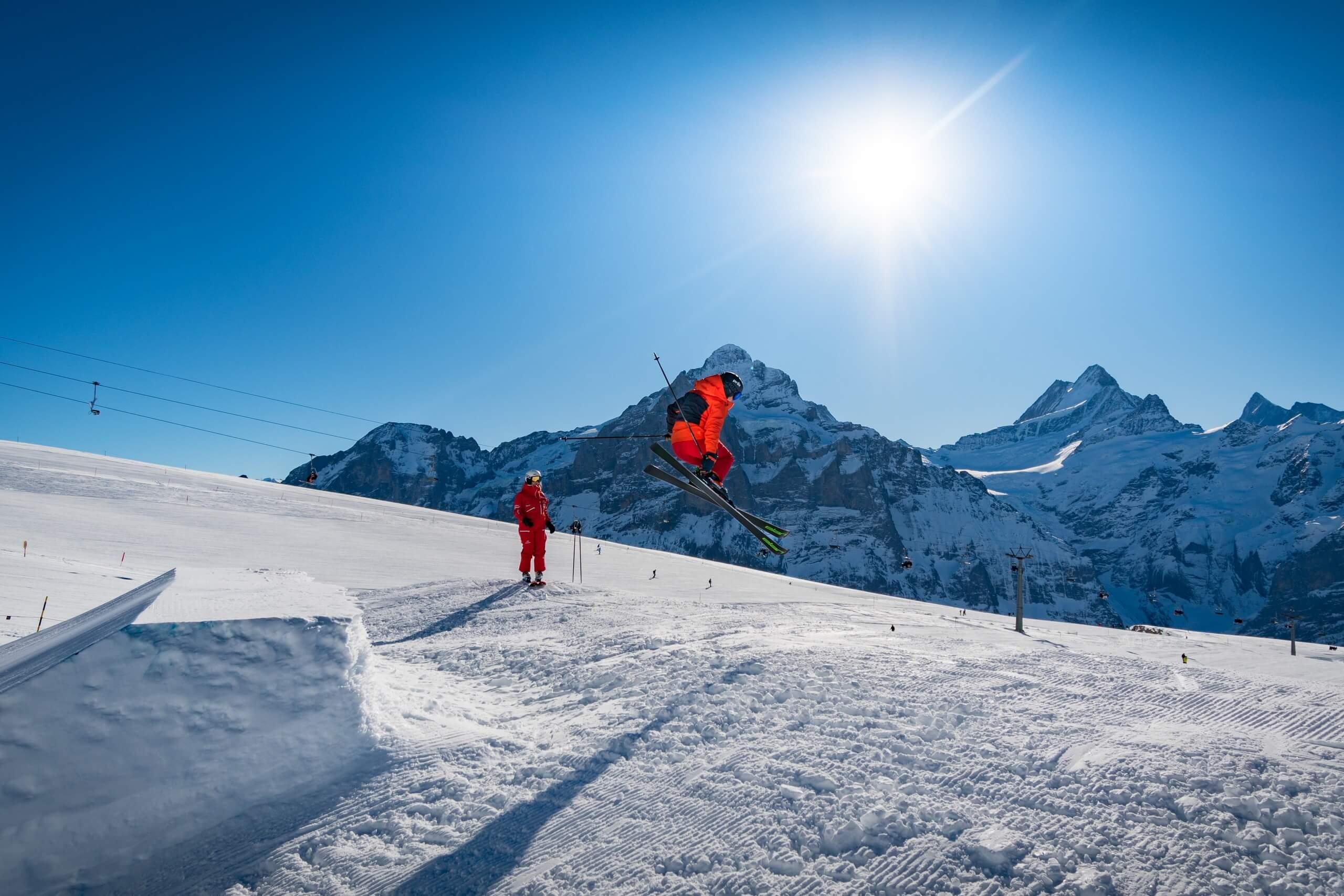 grindelwald-skischule-winter-panorama
