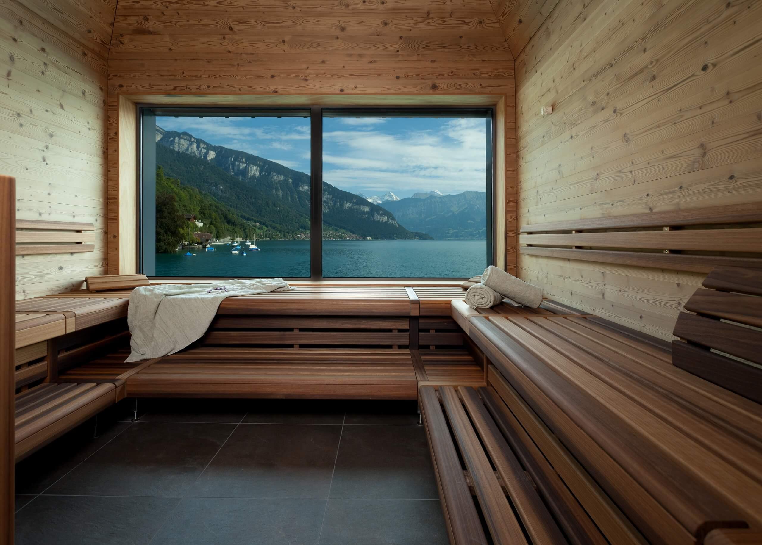 parkhotel-gunten-spa-sauna-thunersee-aussicht