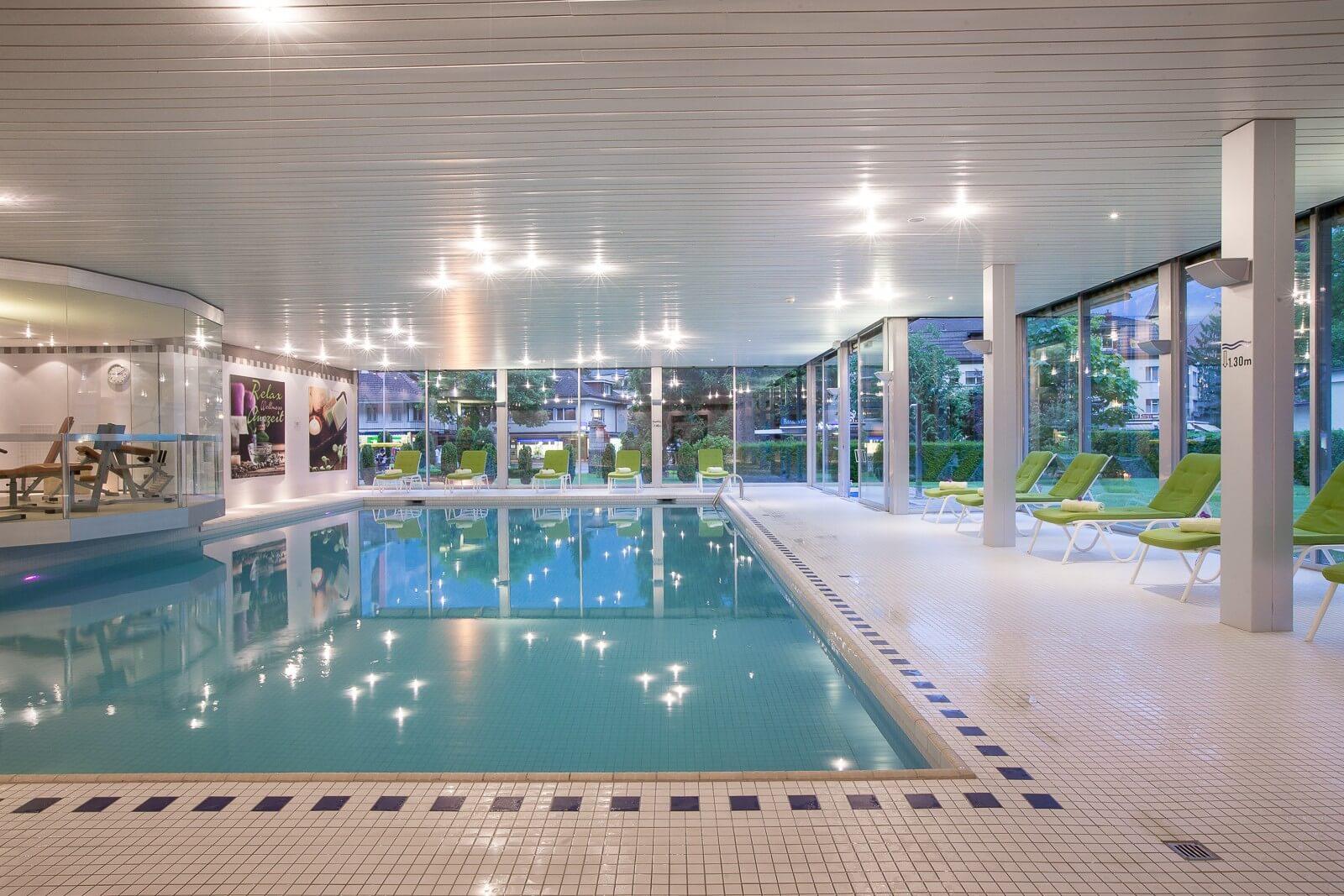 interlaken-clarins-beauty-center-pool
