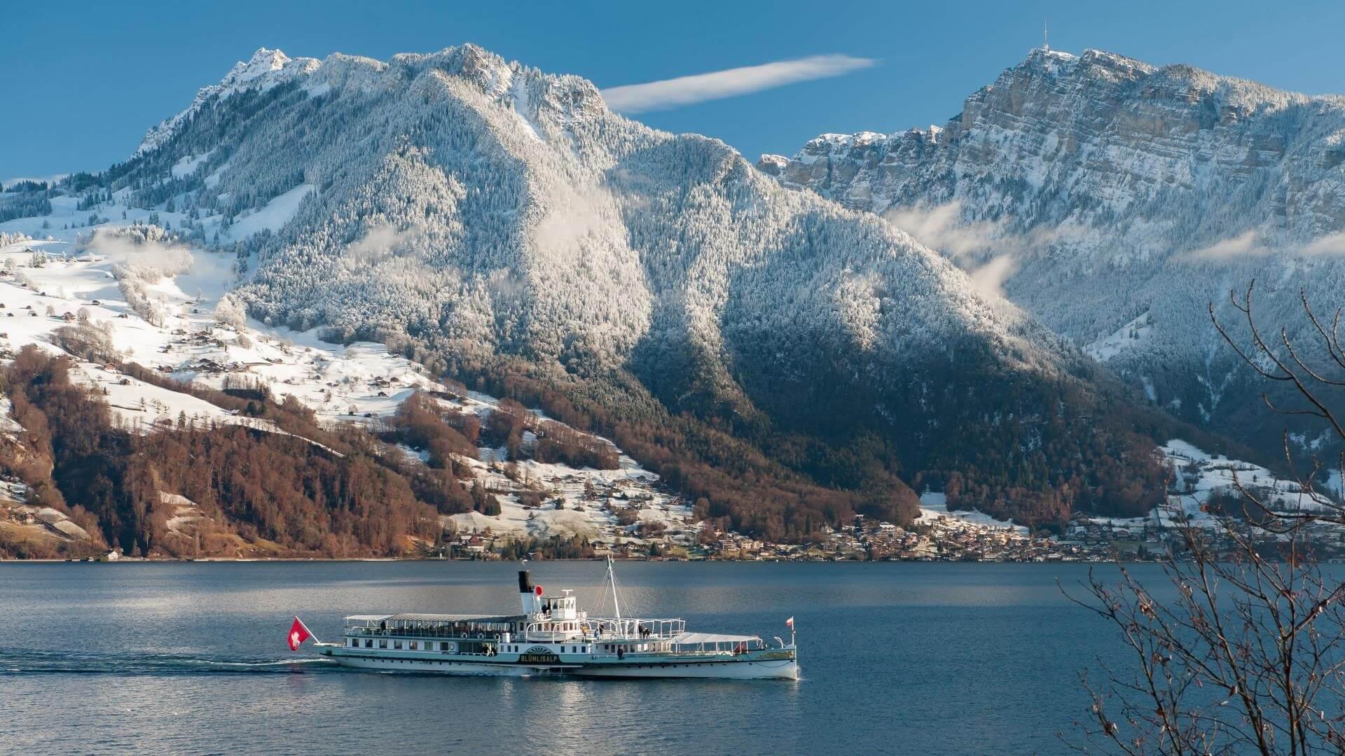 thunersee-schifffahrt-schnee-winter-dampfschiff