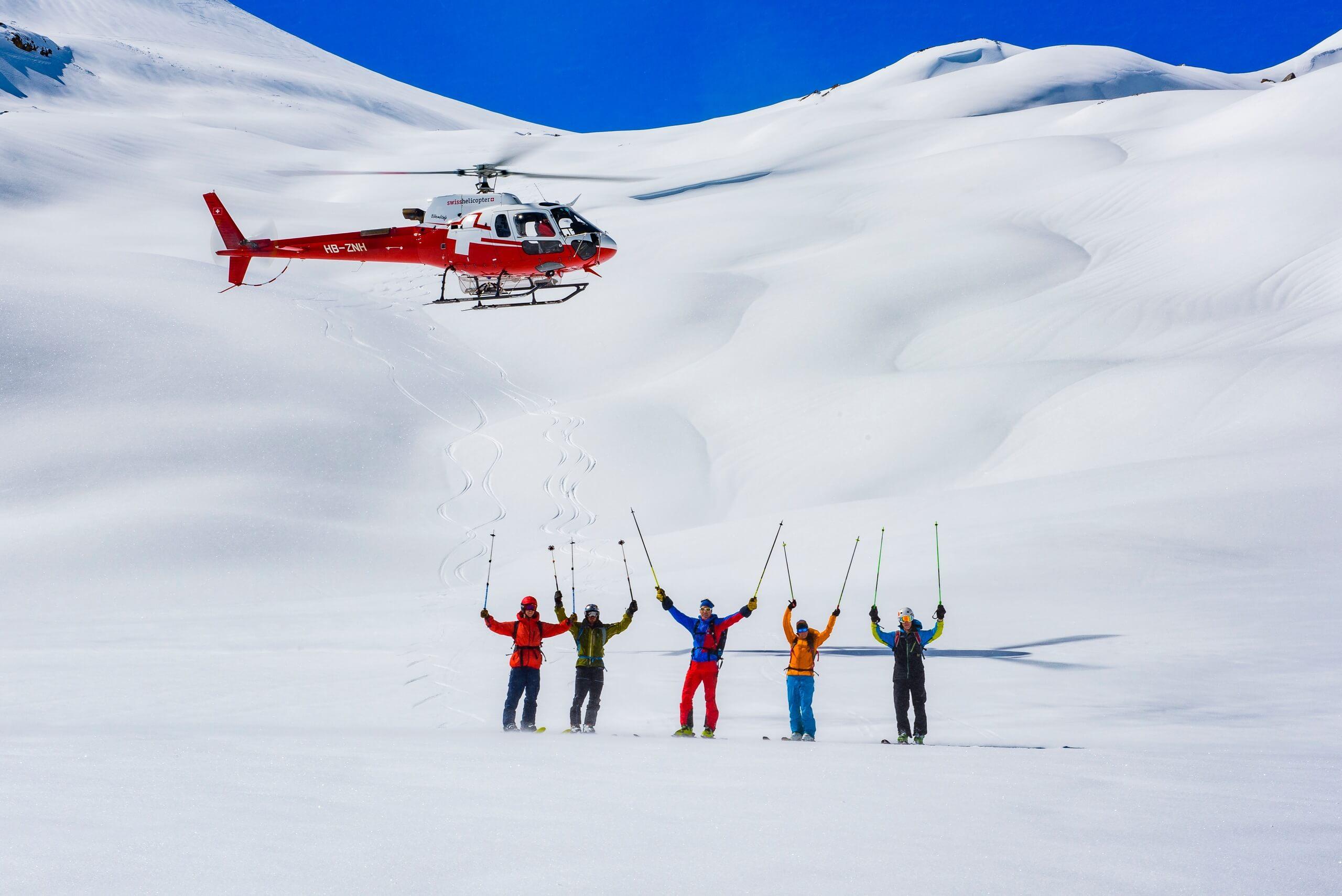 swiss-helicopter-ski-tour-rundflug-winter-panorama