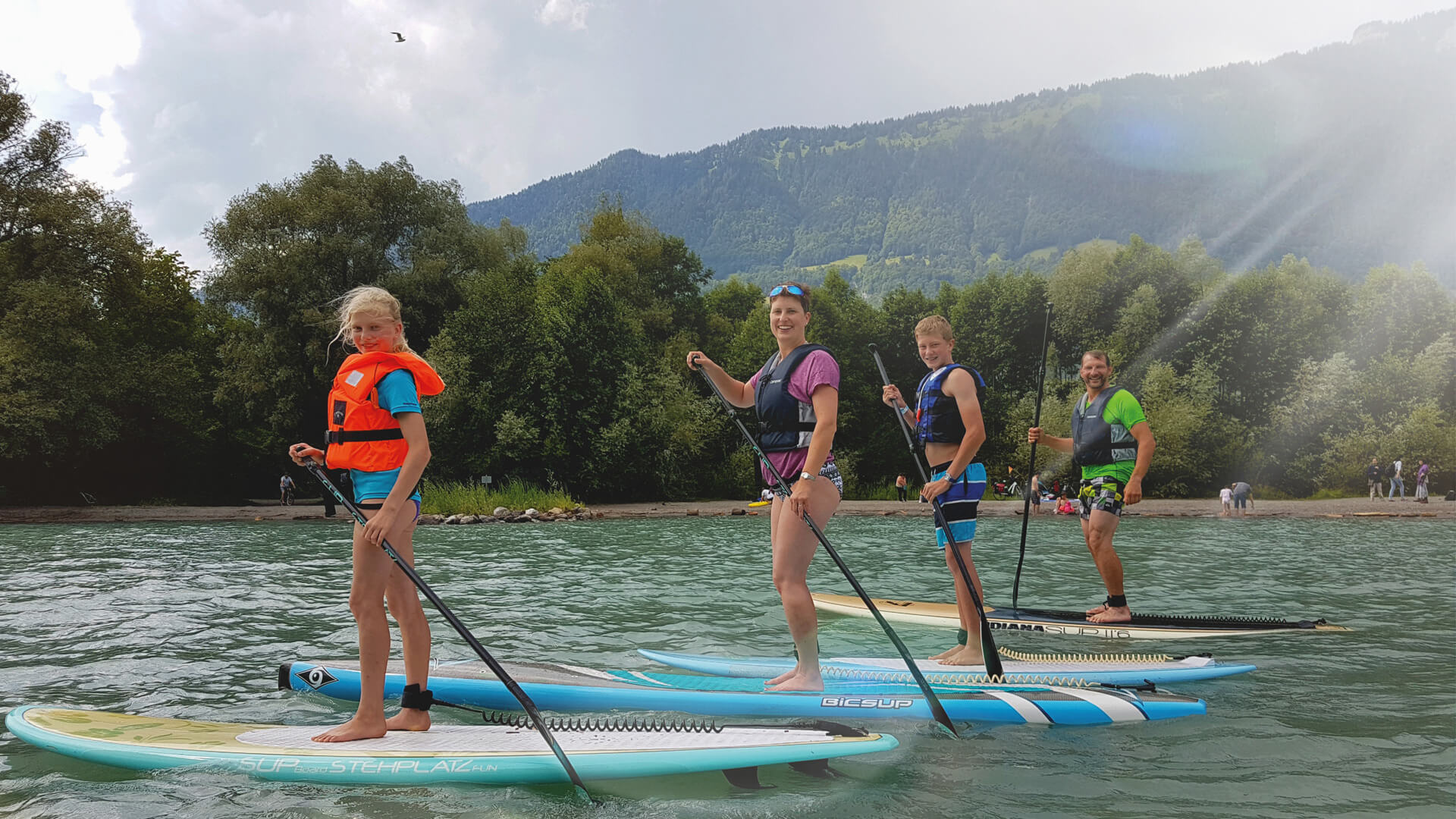 sup-fit-fun-brienzersee-gruppe-sup