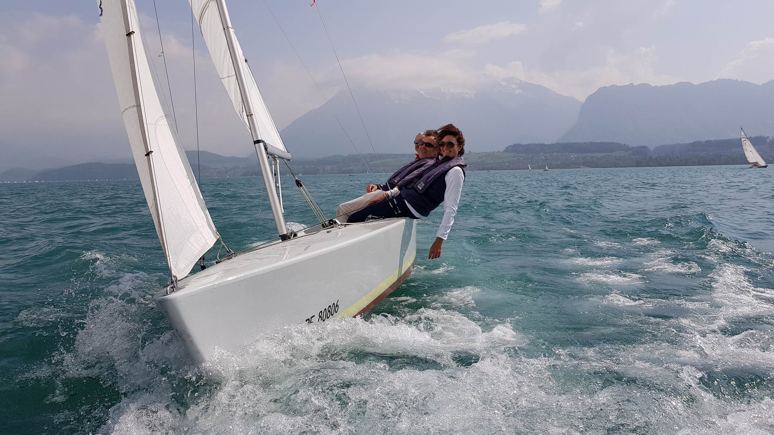 segelschule-thunersee-hilterfingen-fruehling-segeln