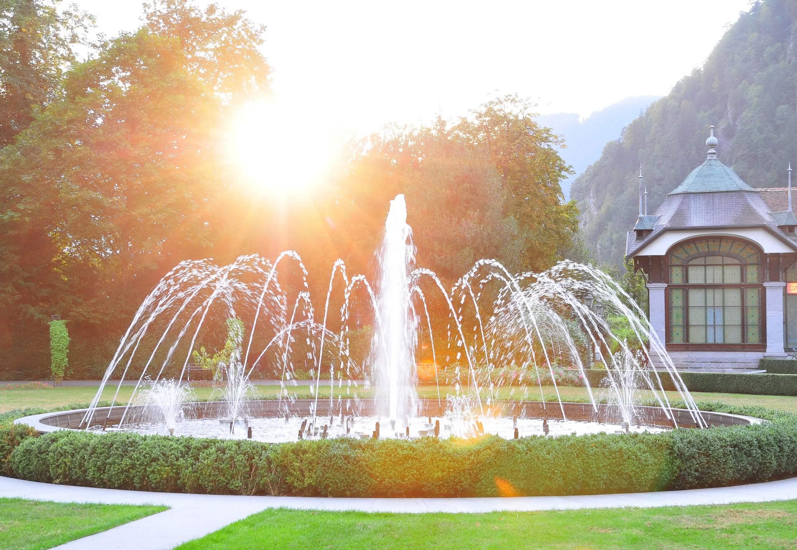 interlaken-sommer-kursaal-park-garten