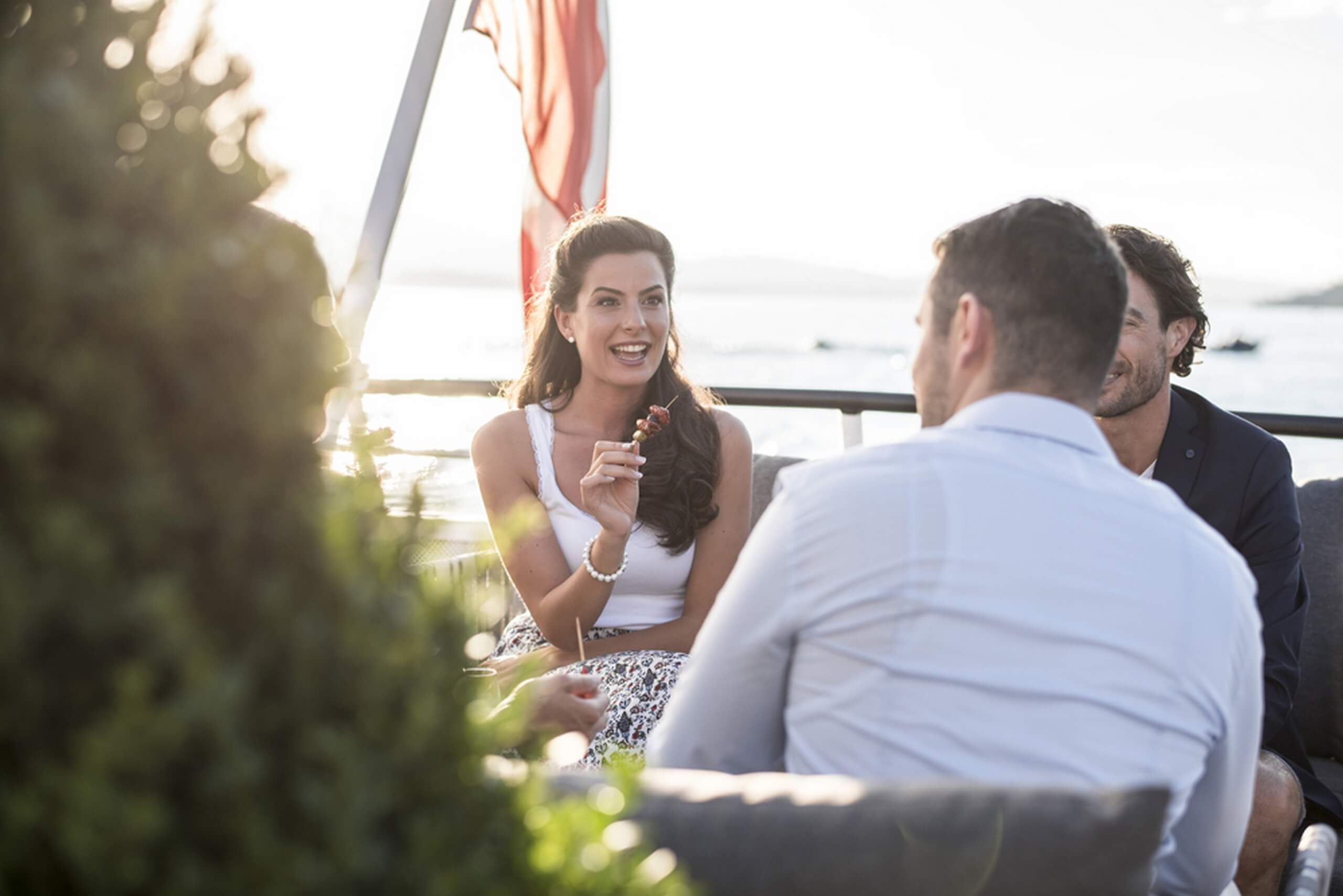 thunersee-bls-schifffahrt-kulinarik-verpflegung-sommer