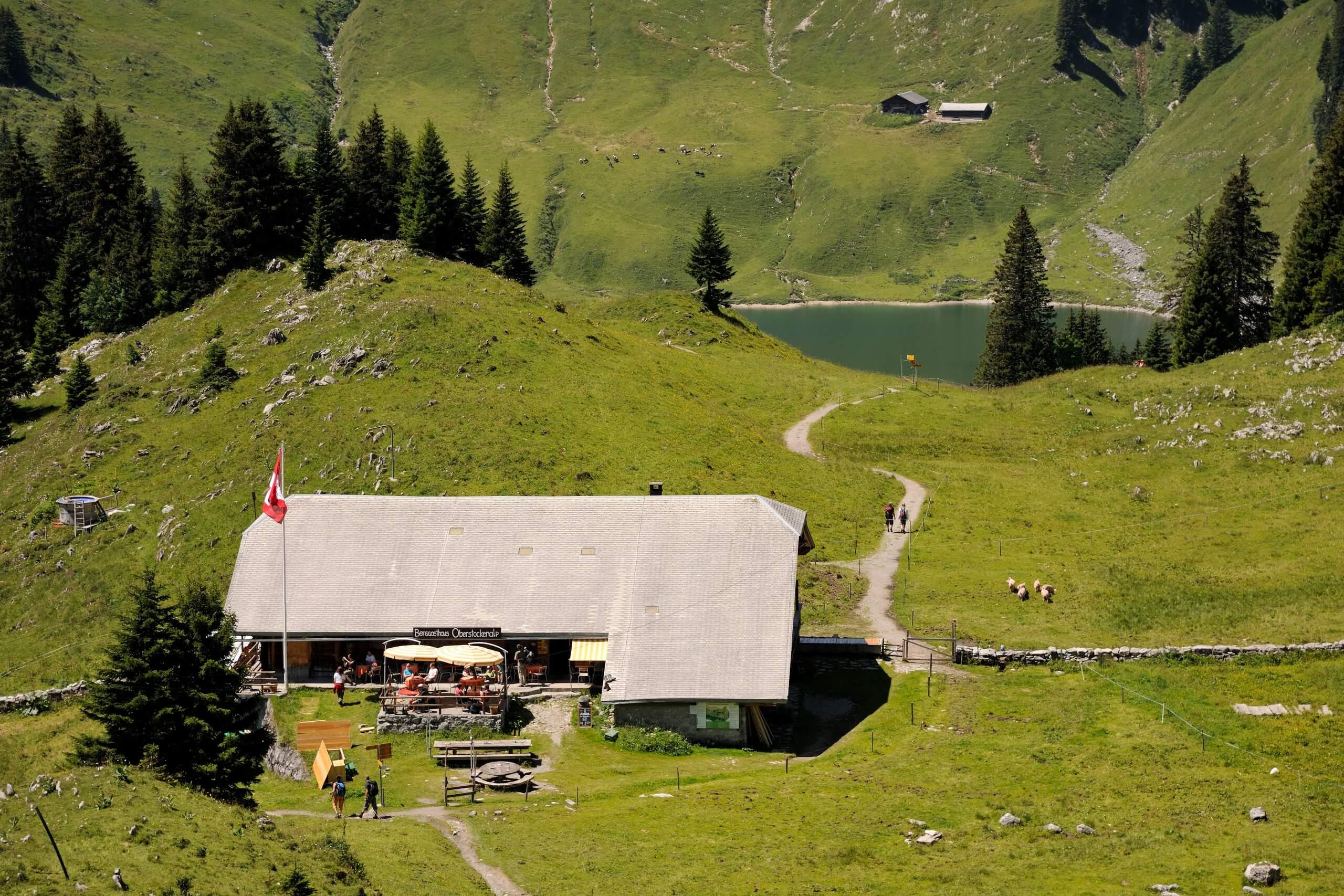 stockhorn-kulinarik-trail-sommer-restaurant
