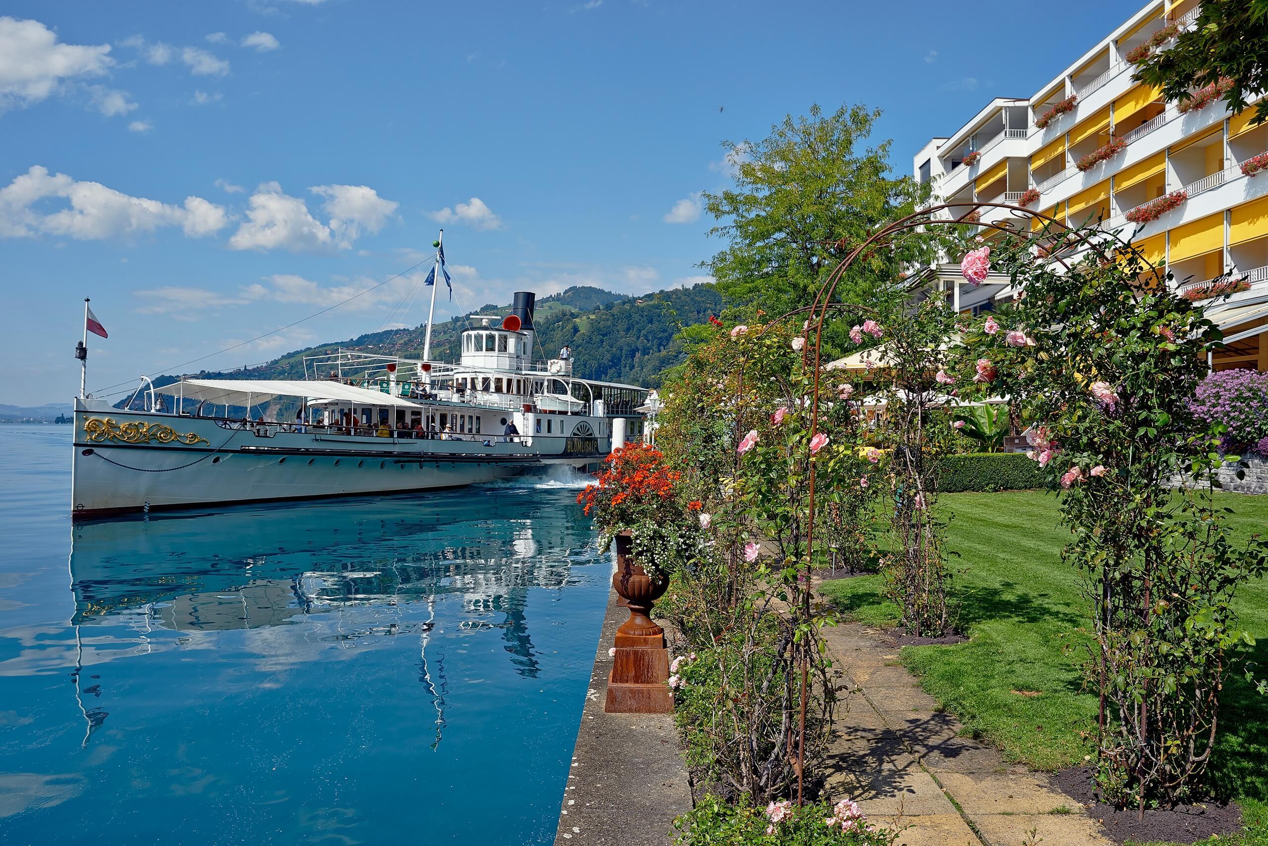 merligen-st-beatus-solbad-sommer-schiff