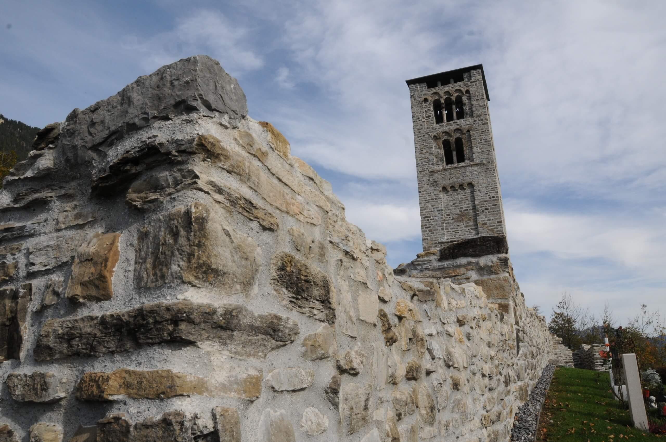 goldswil-burgruine-stein-sommer-ruine