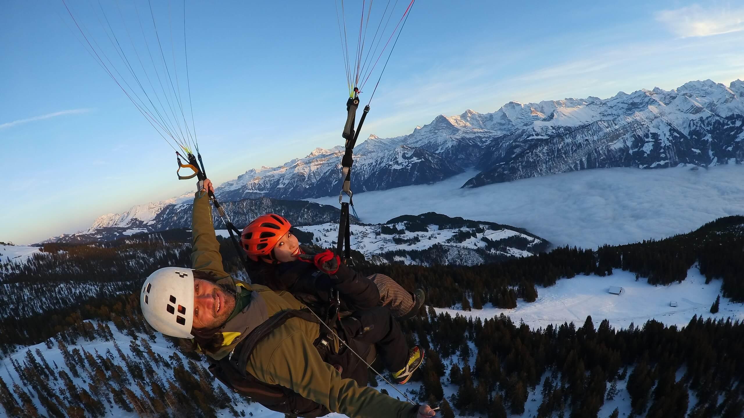 interlaken-twin-paragliding-winter-fliegen