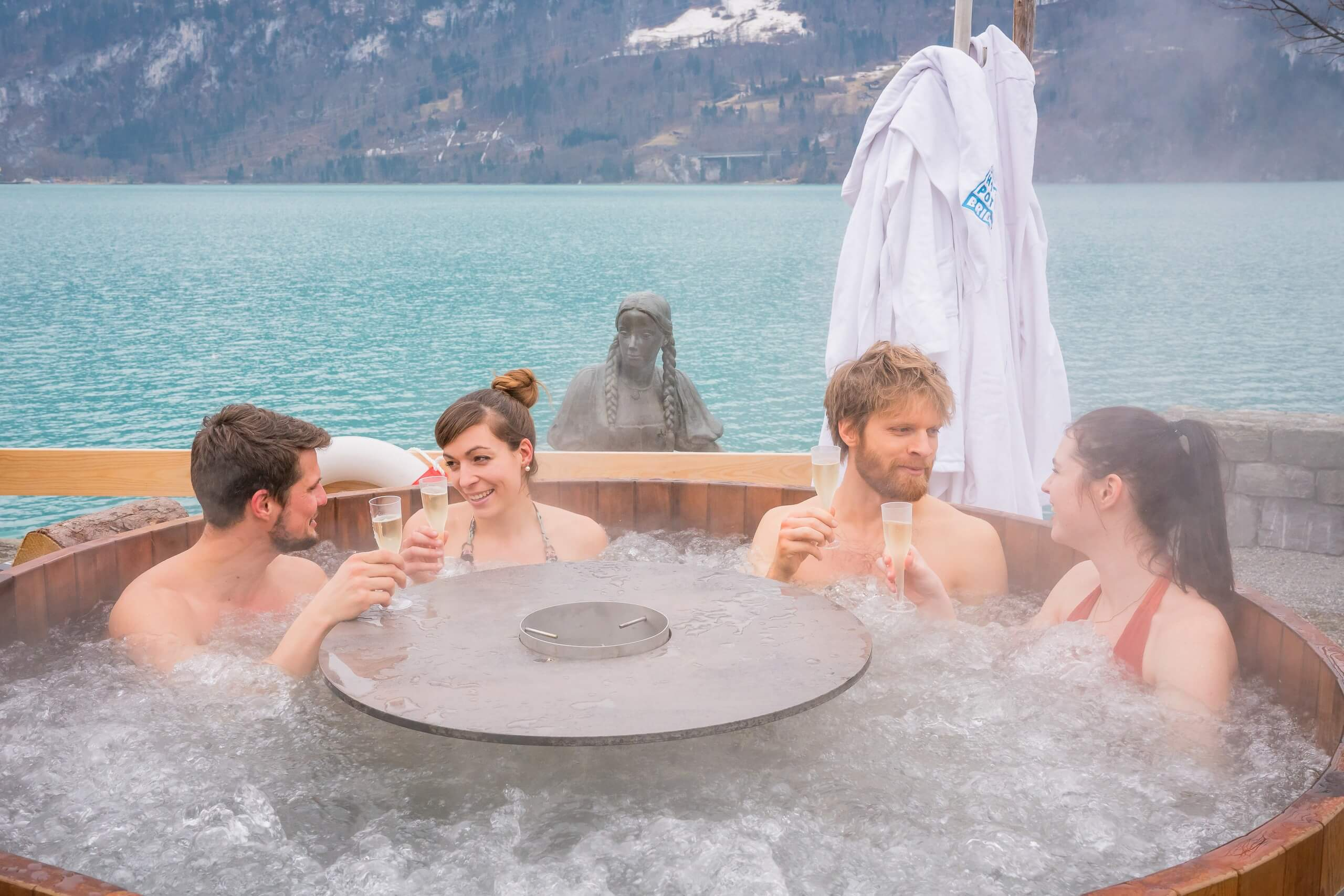 brienz-hot-pot-winter-tag-gruppe-cueppli-wellness
