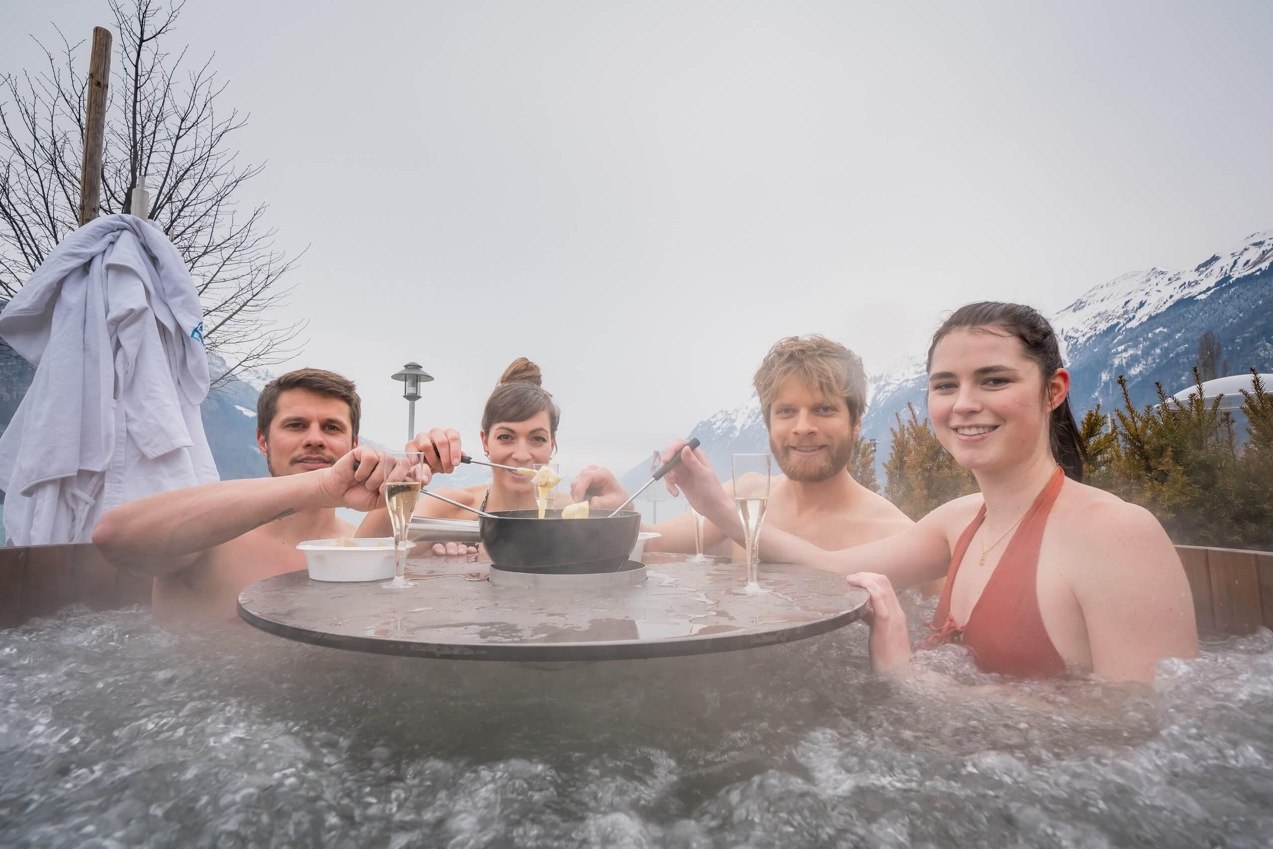 brienz-hot-pot-fondue-winter-baden