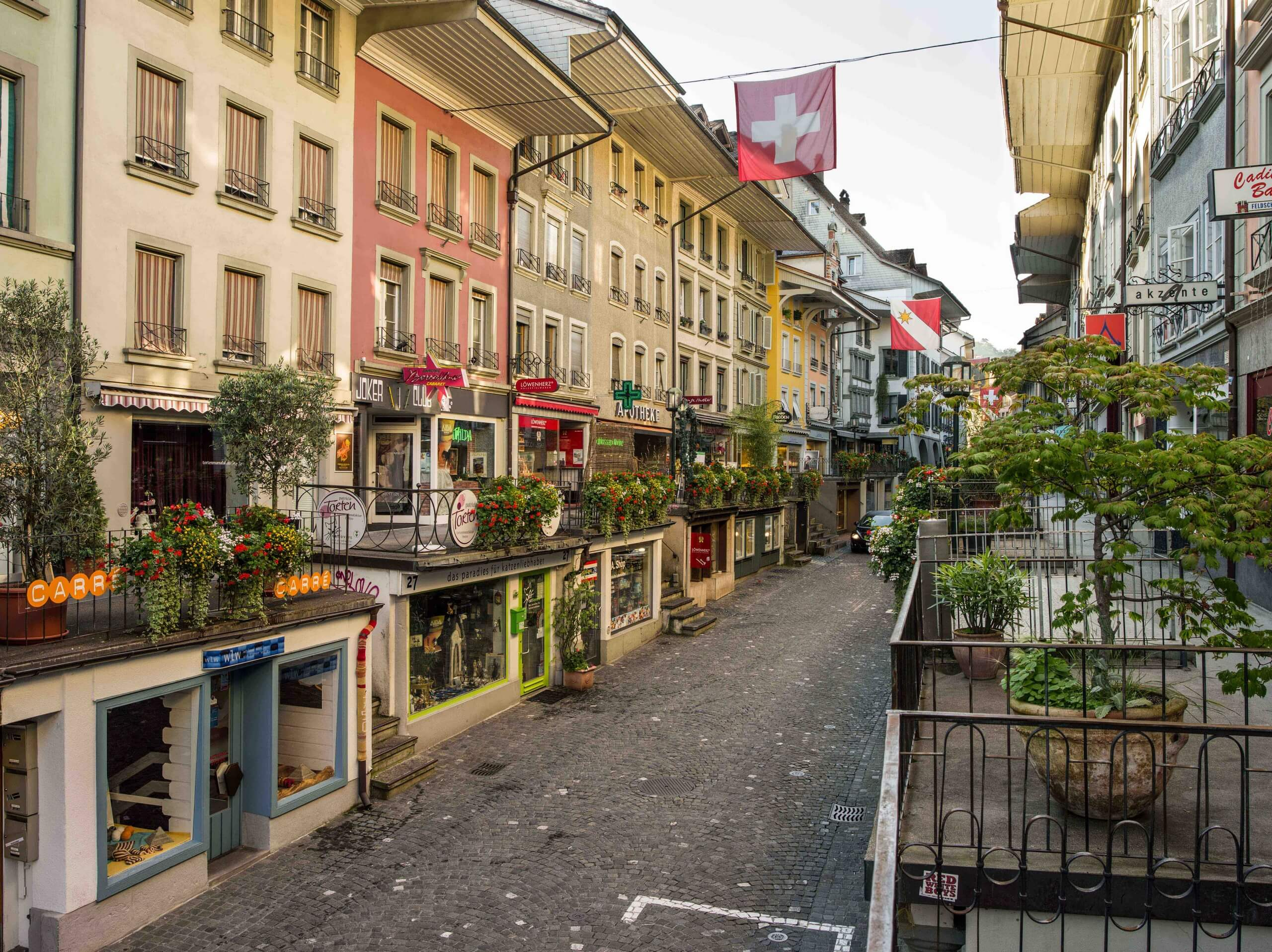 thun-obere-hauptgasse-sommer