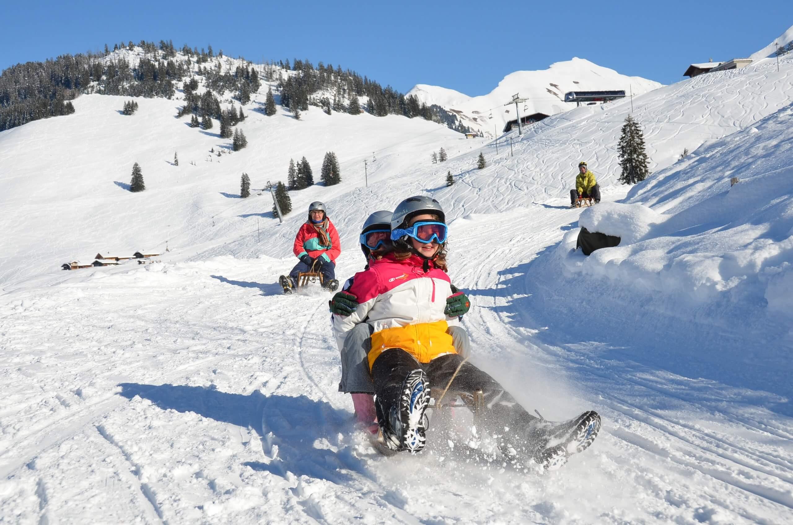 wiriehorn-schlitteln-schlittenmiete-winter