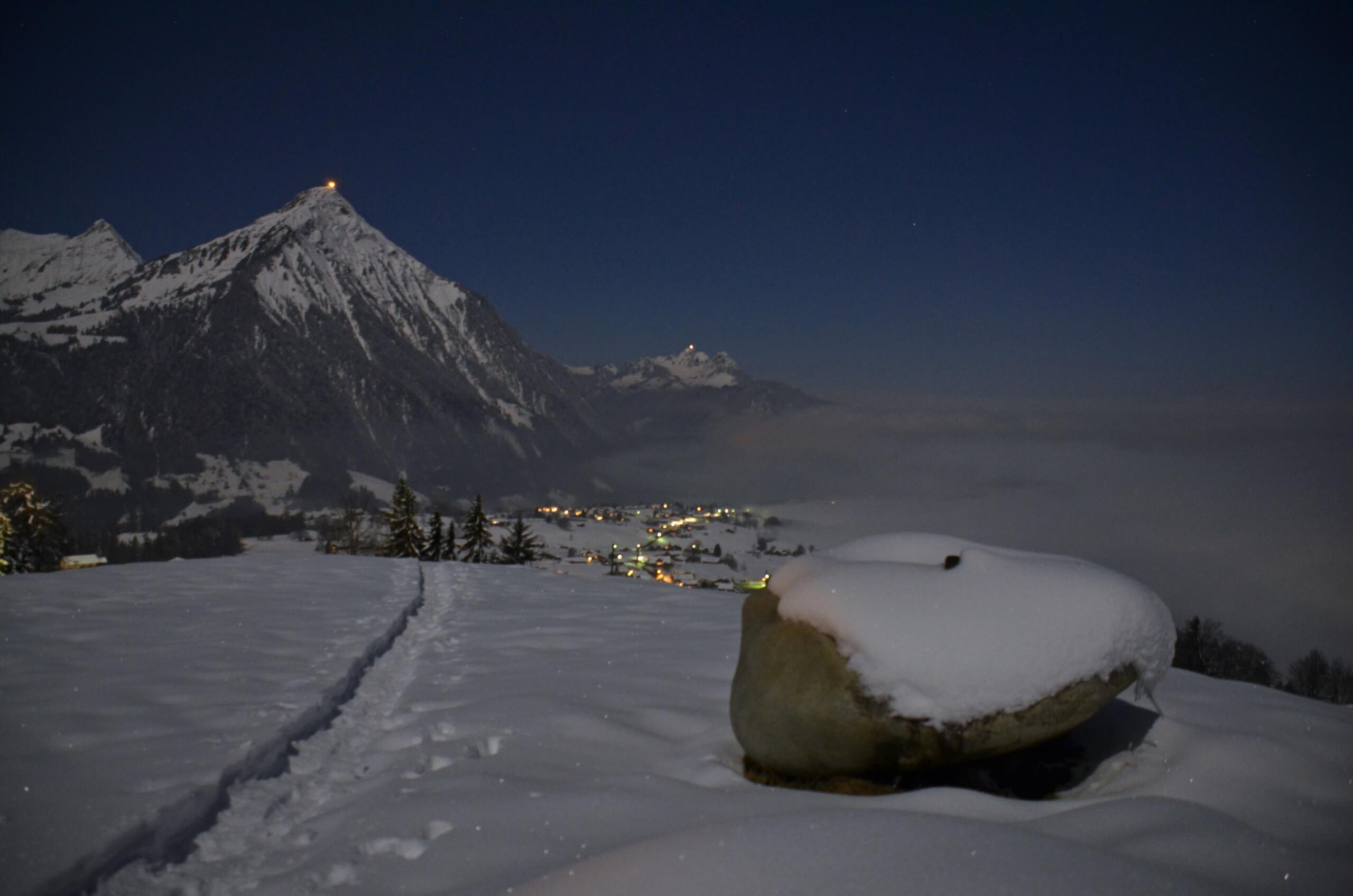 aeschi-schneeschuh-vollmond-tour-winter