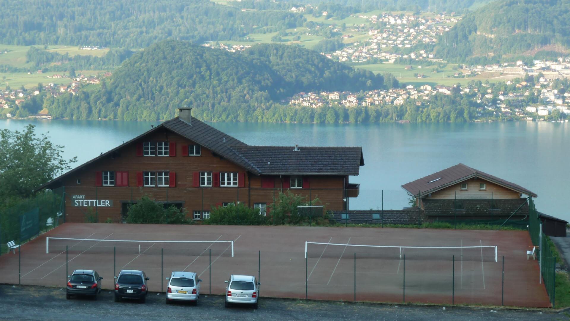 sigriswil-tennisplatz-sommer