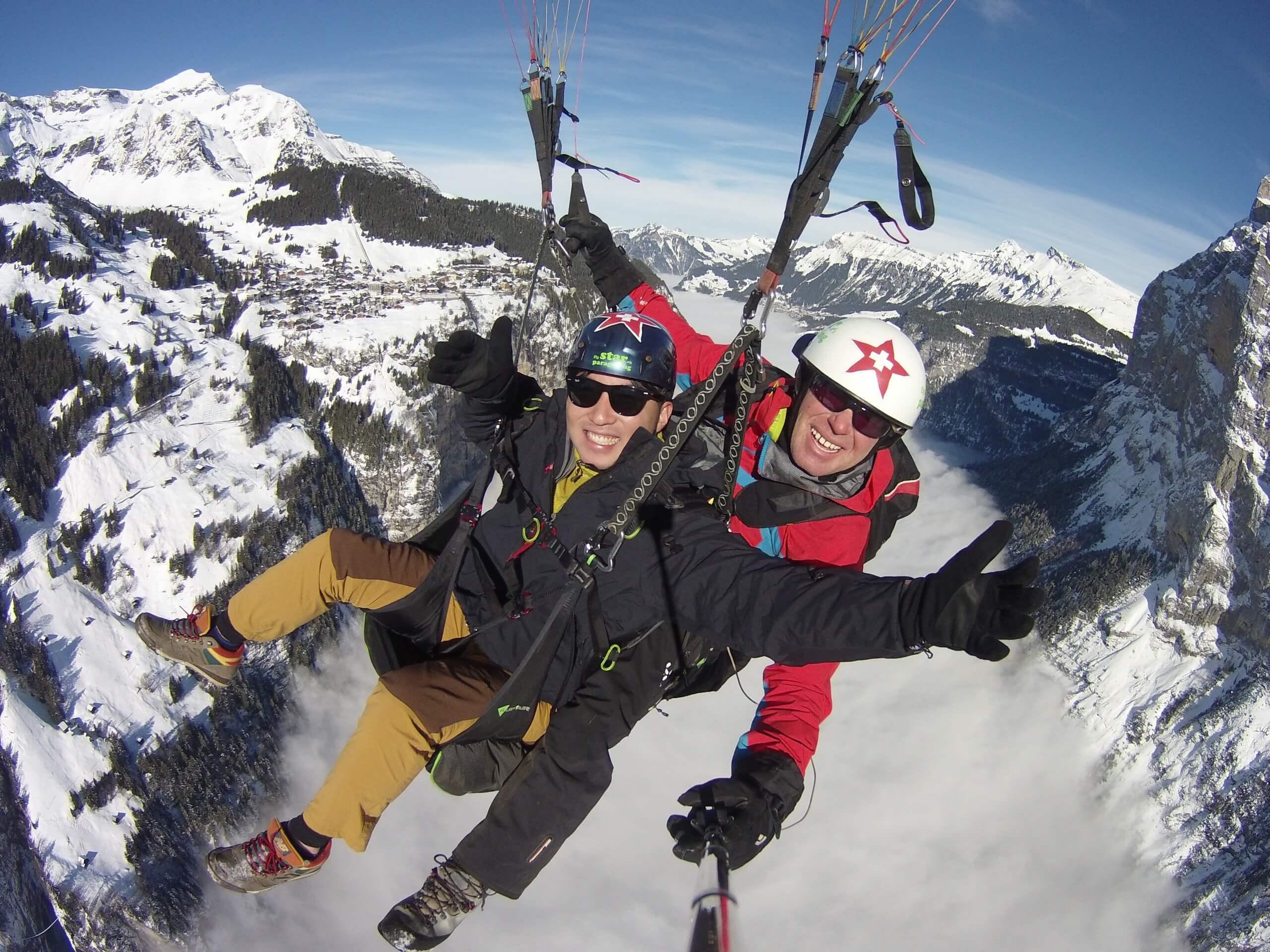 star-paragliding-panorama-berge-winter