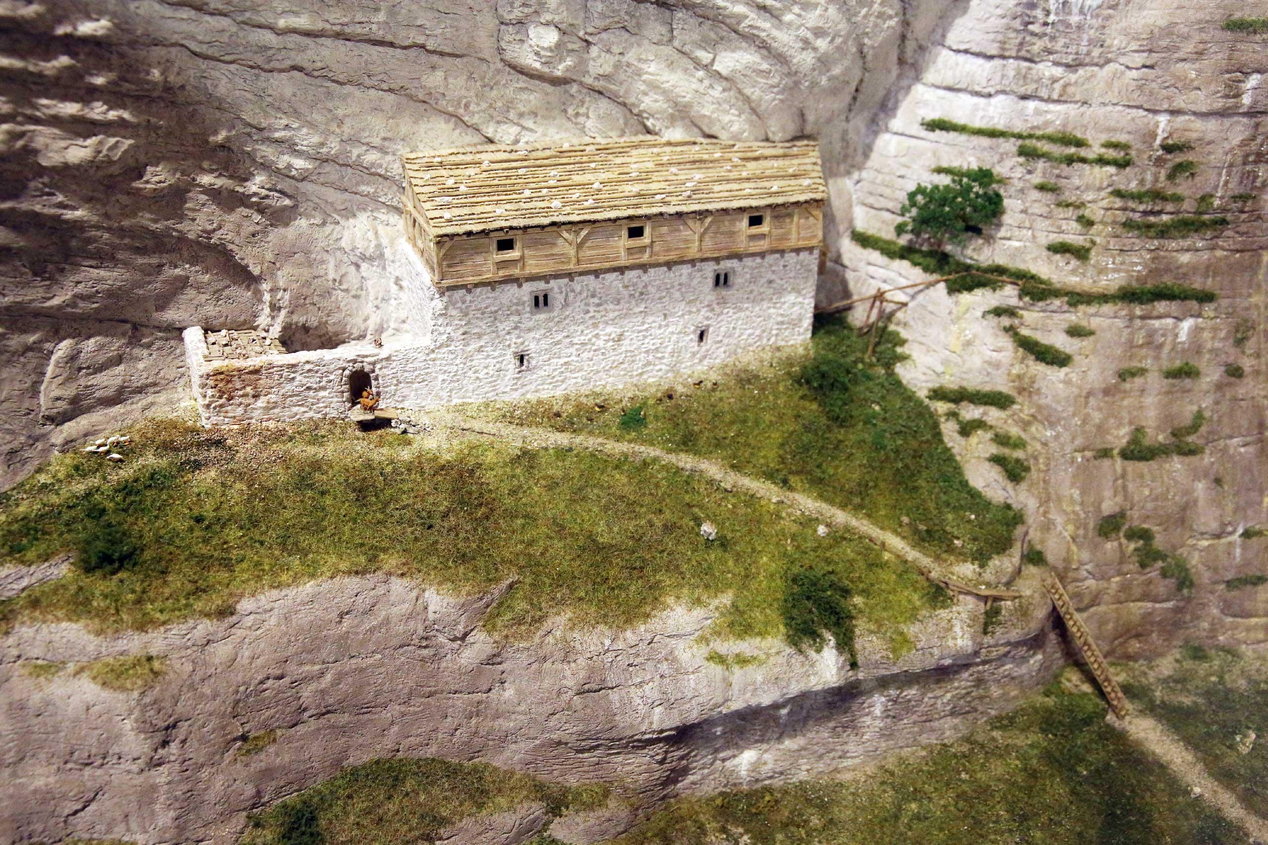 dorfmuseum-wilderwil-modell-ruine-rotenfluh